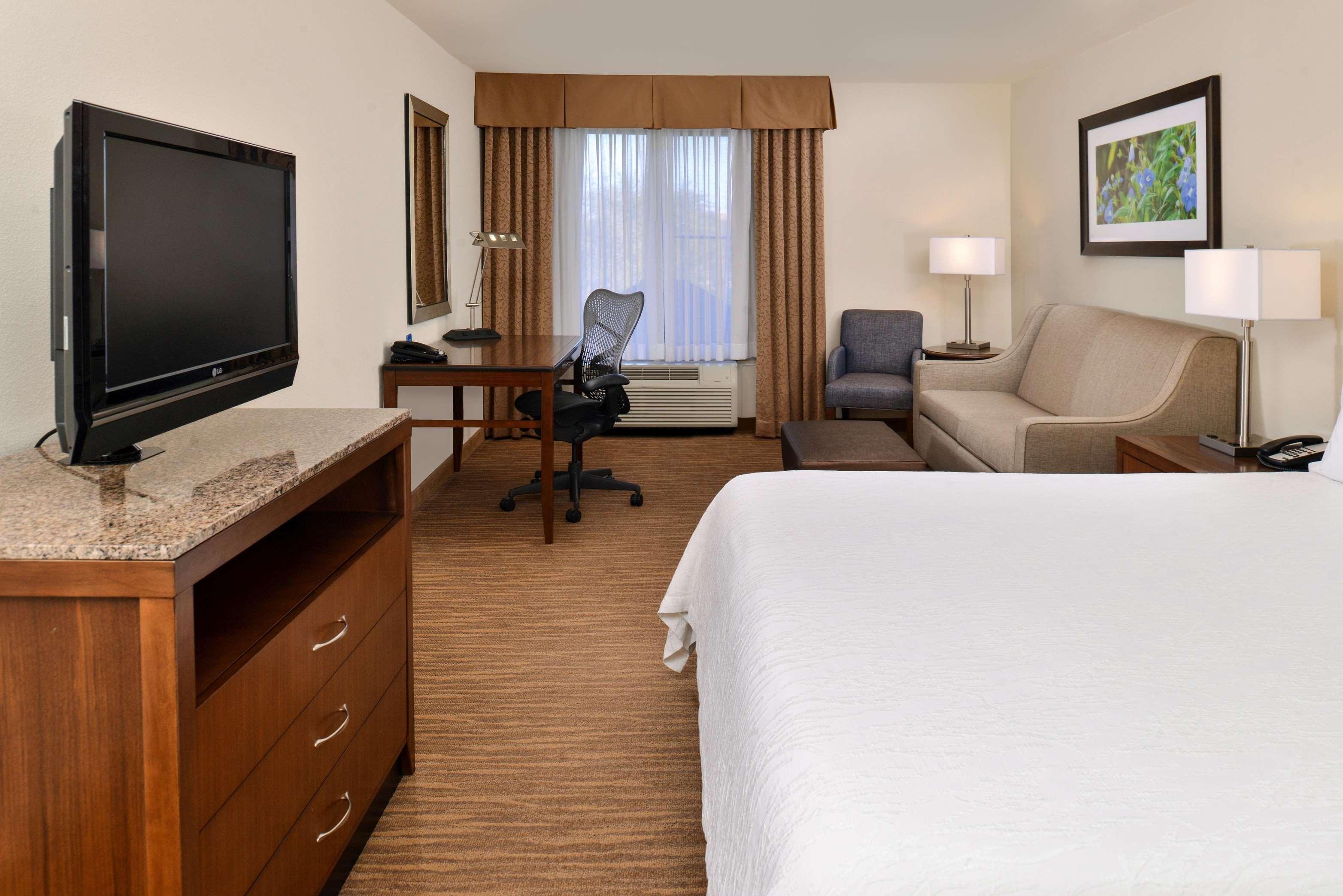 Hilton Garden Inn Dallas/Addison 4090 Belt Line Rd Addison, TX ...
