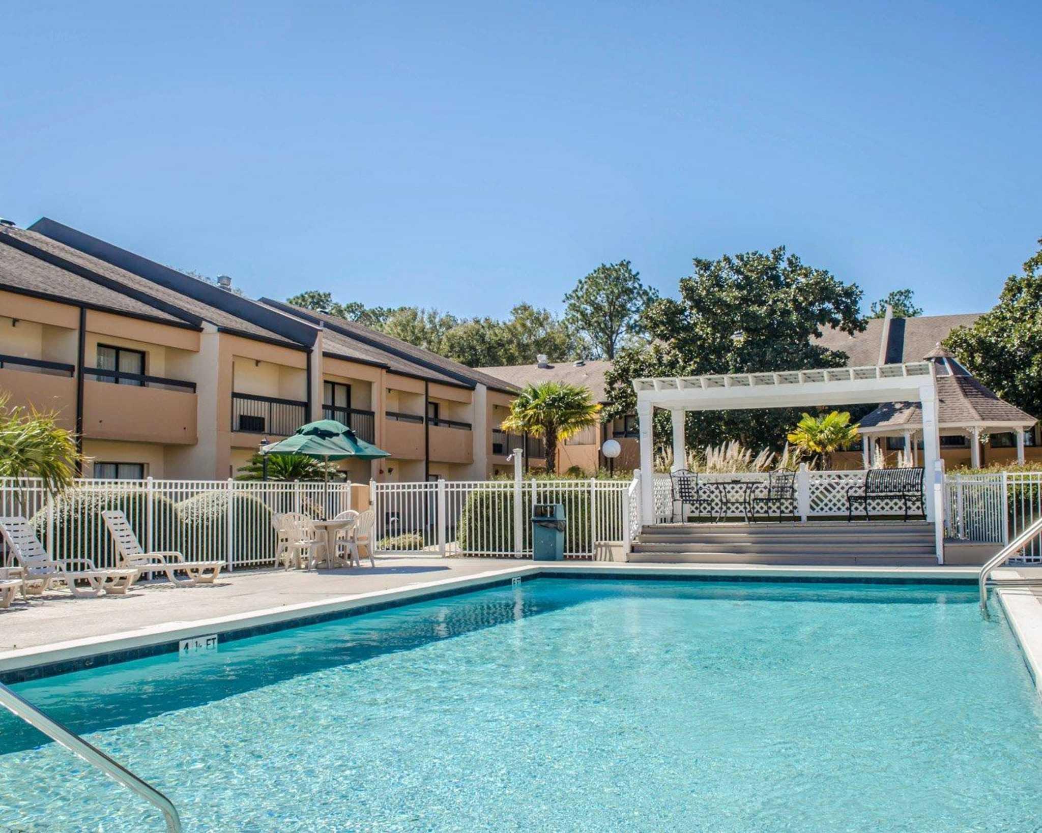 Quality Inn & Suites Pensacola Bayview in Pensacola, FL, photo #38
