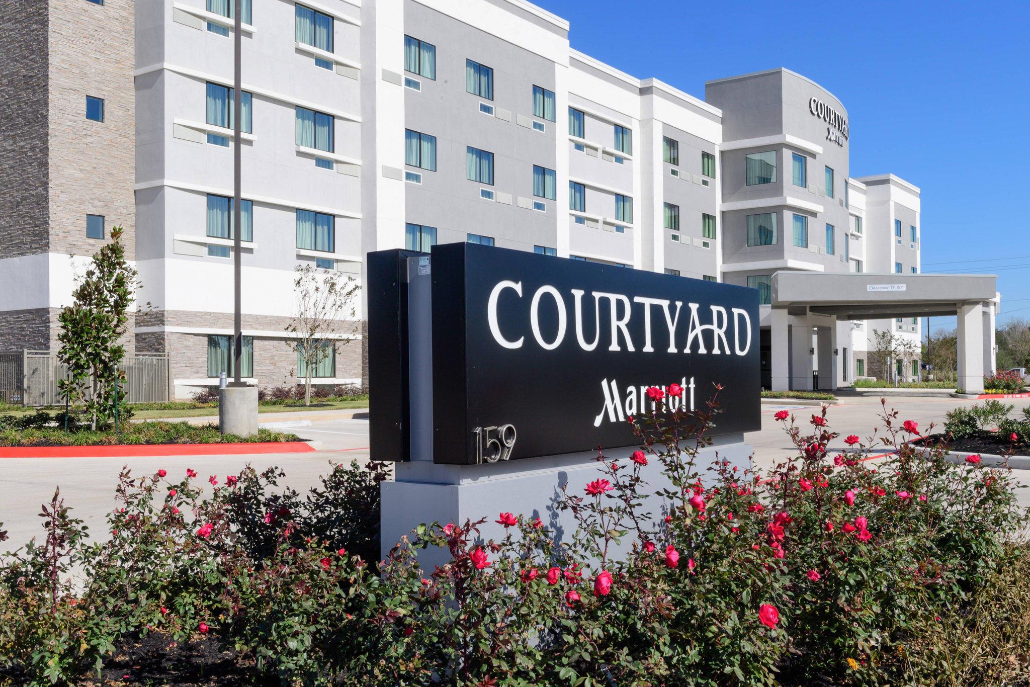 Courtyard by Marriott Lake Jackson