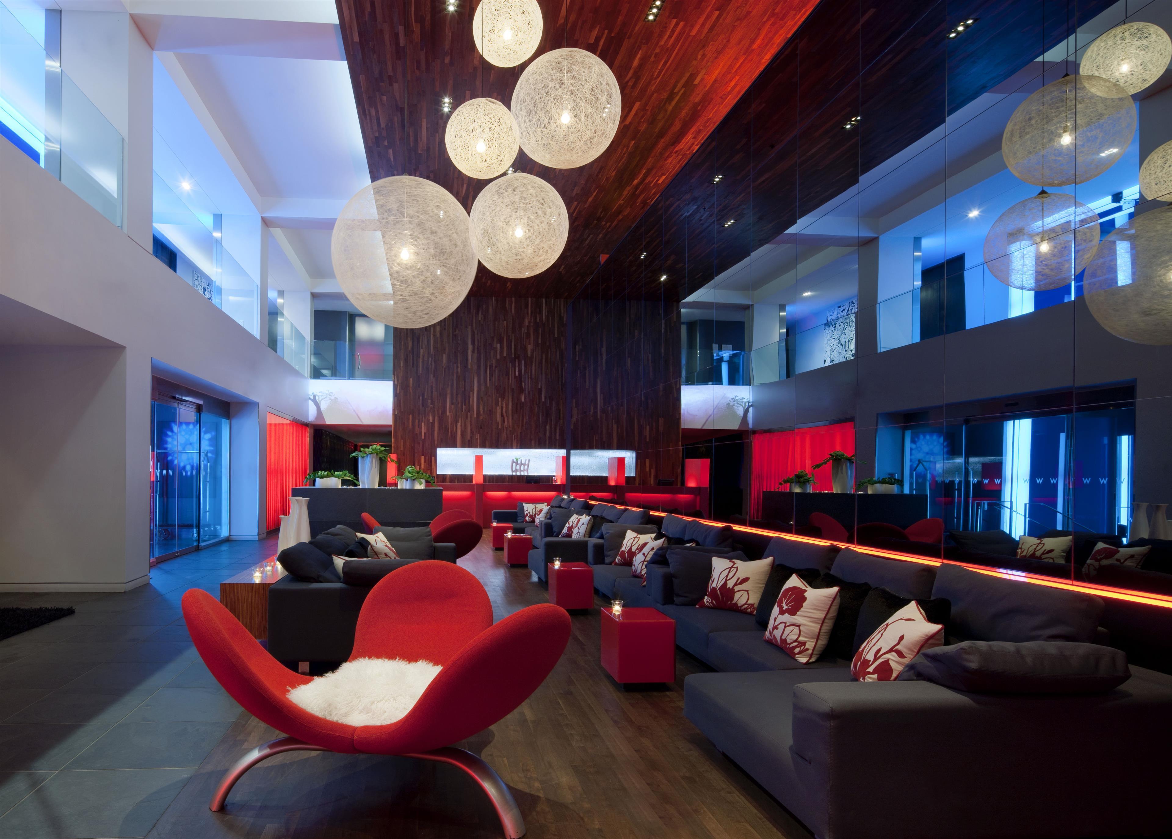 W Montréal à Montreal: Living Room