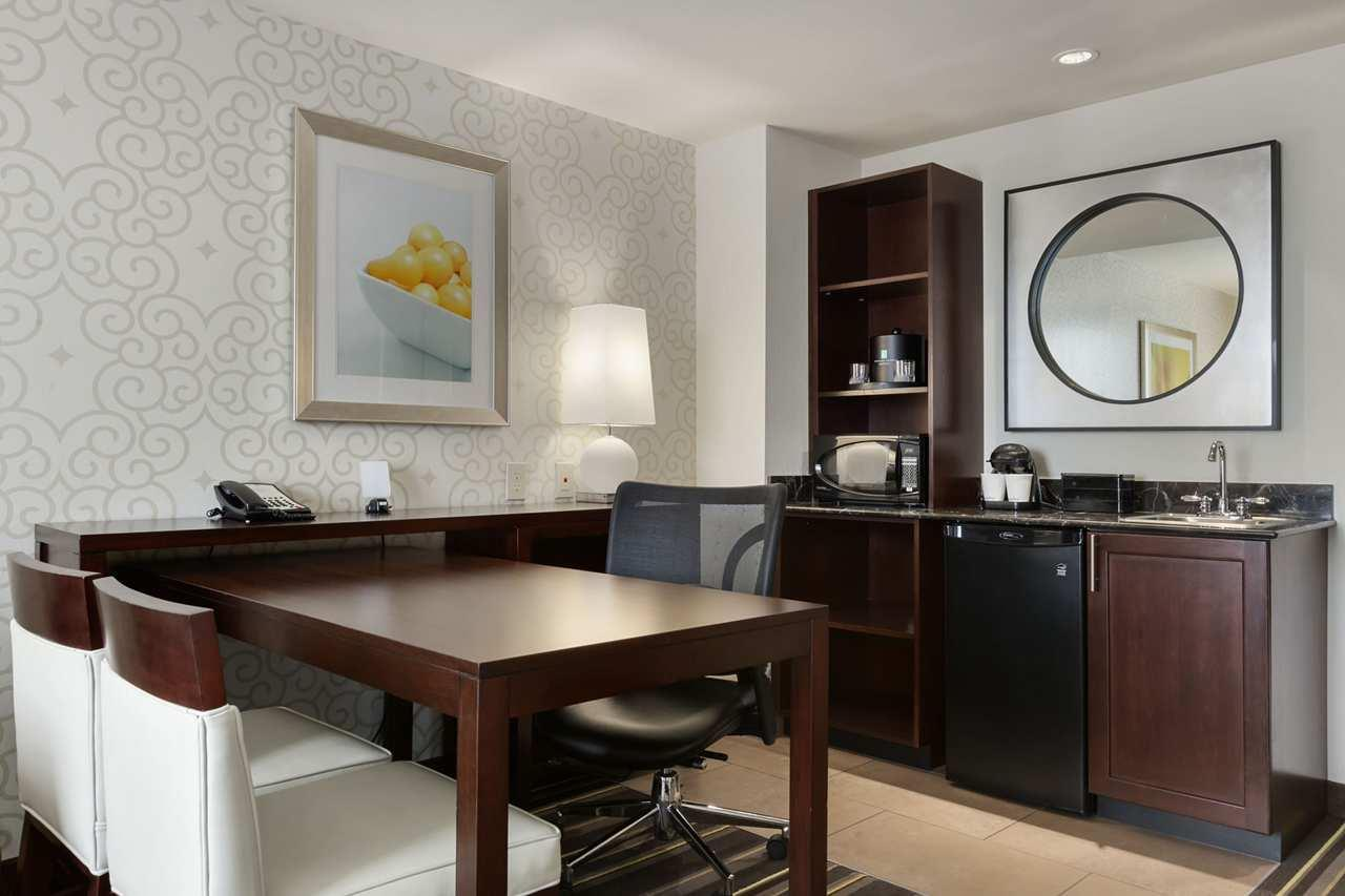 Embassy Suites by Hilton Savannah Airport image 11