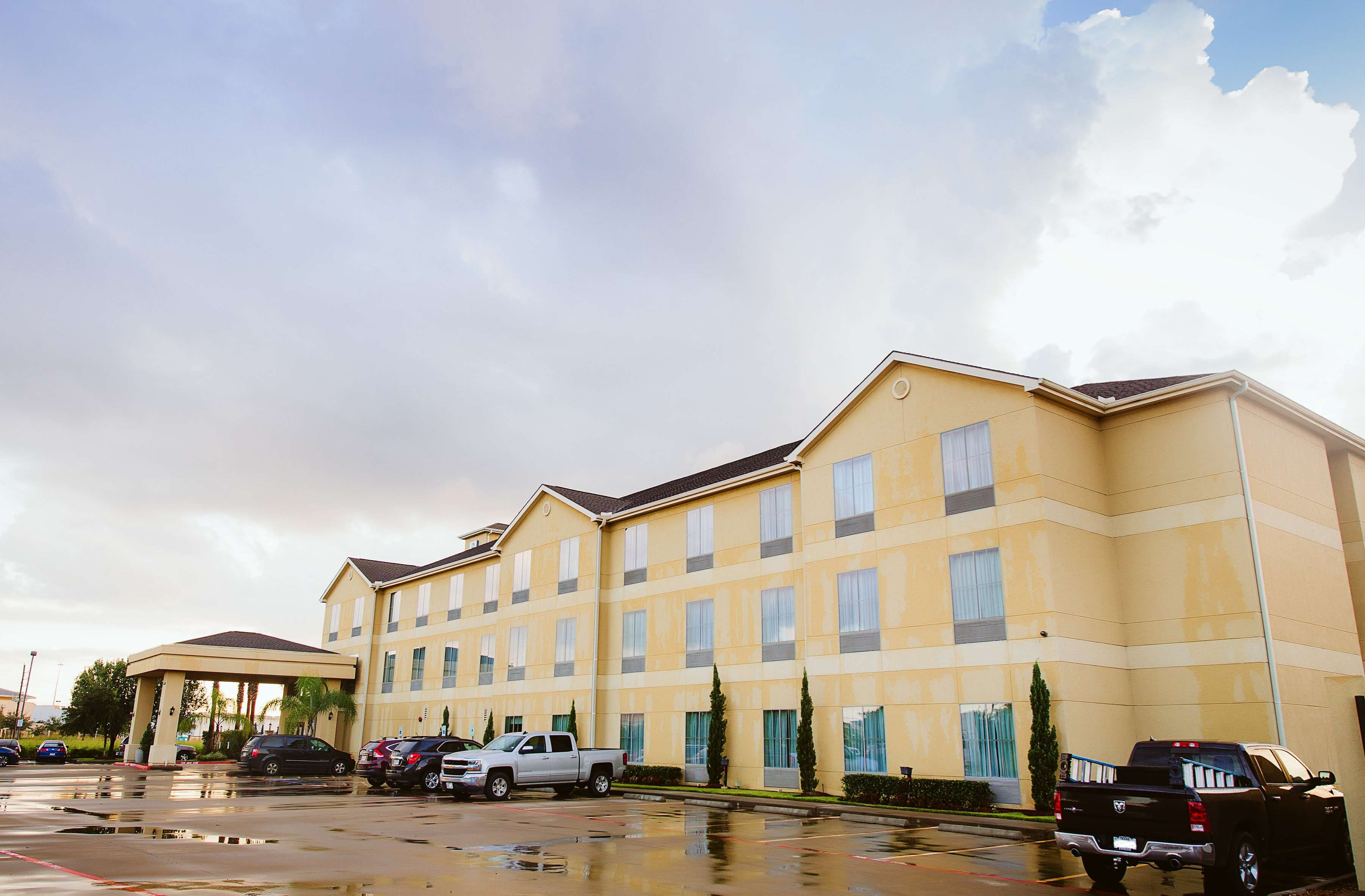 Best Western Sugarland Inn image 5