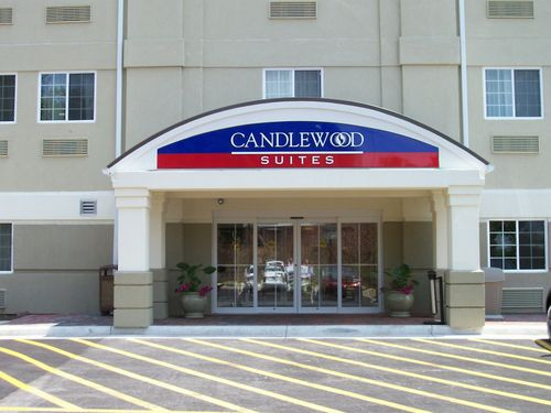 Candlewood Suites Winchester image 0