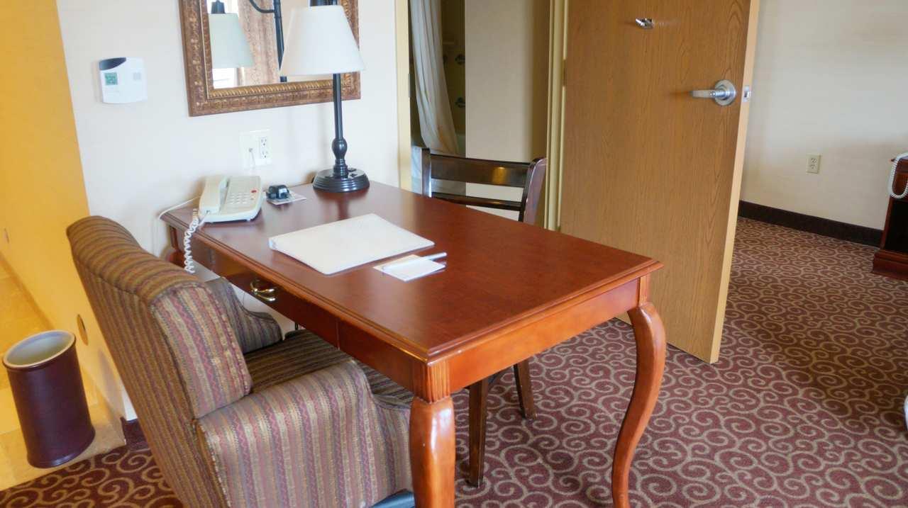 Hampton Inn & Suites Kingman image 16