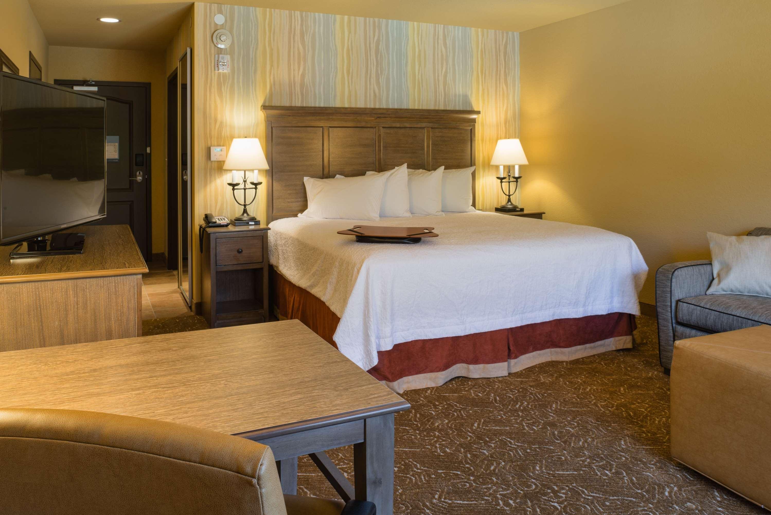Hampton Inn & Suites Springdale/Zion National Park image 19