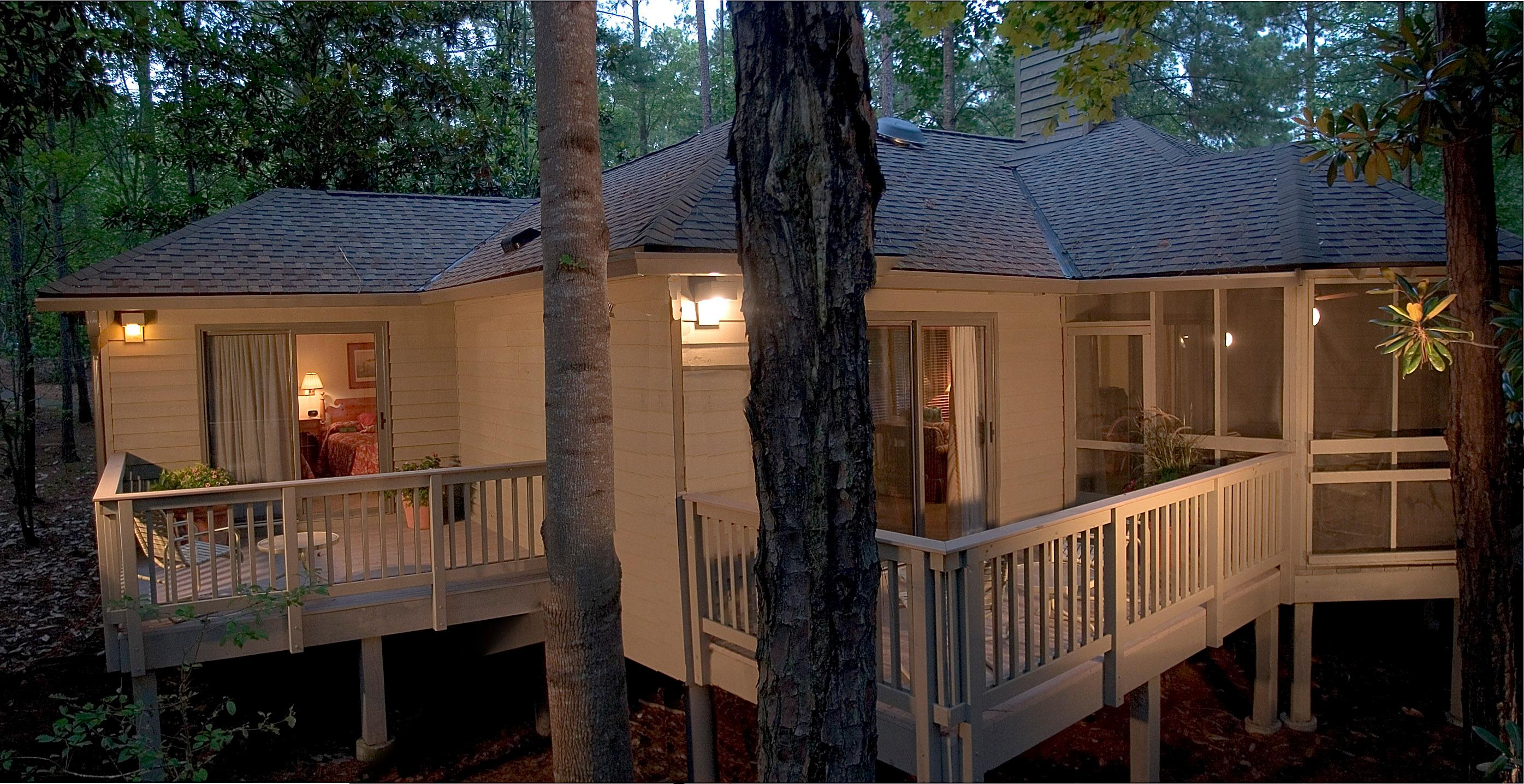 Cottages & Cabins near: 8109 N. Service Road 20, Big Spring, TX ...
