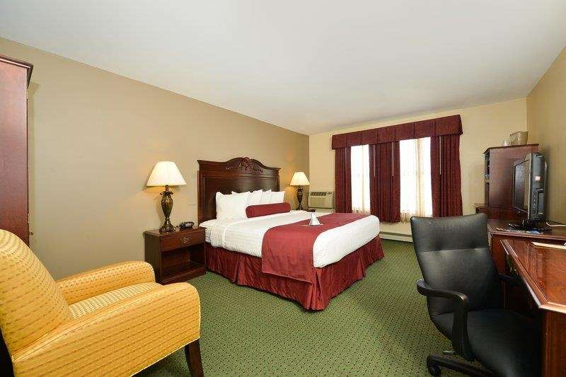 Best Western The Hotel Chequamegon image 19