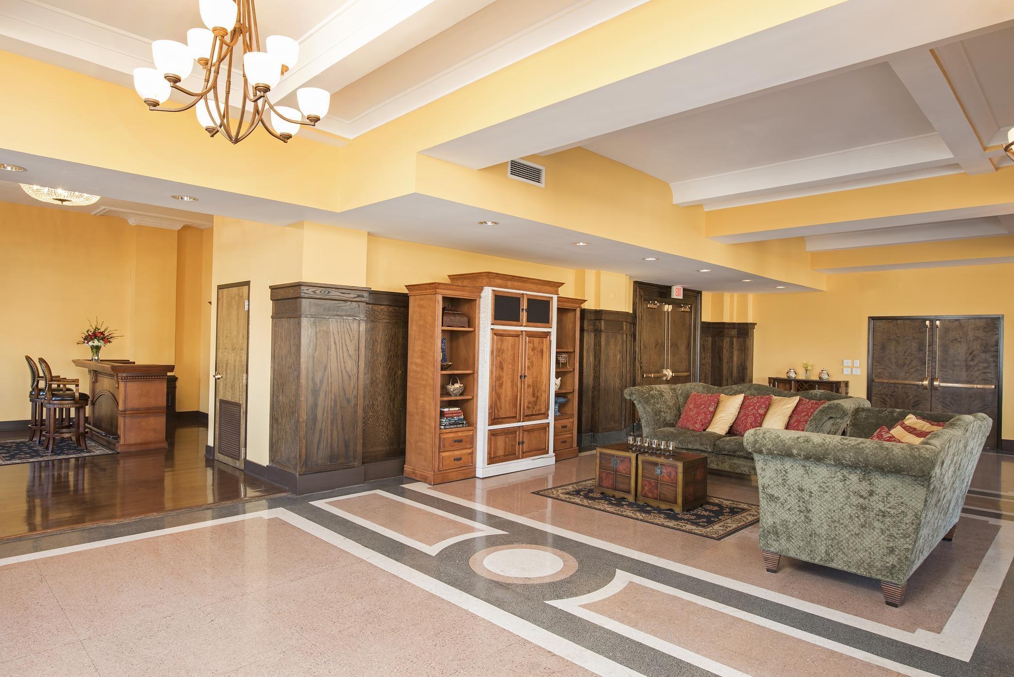 Enchanting Hilton Garden Inn Louisville Downtown Images - Brown ...