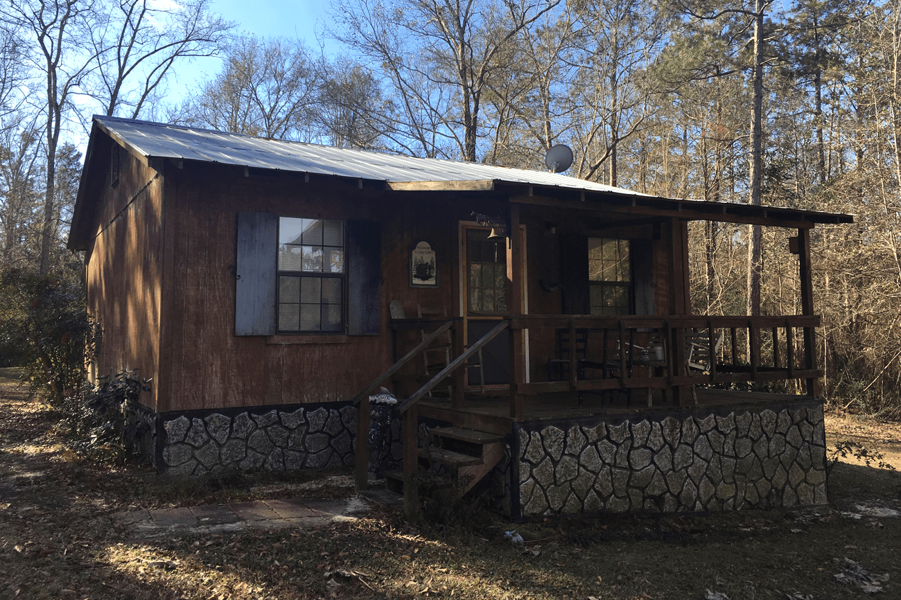 Rouse Retreat Cabin image 0