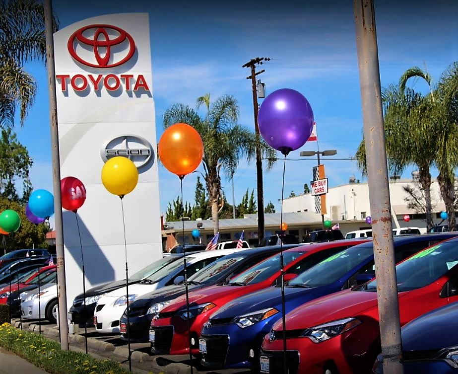 Toyota of Whittier image 5