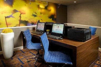 Courtyard by Marriott Nashville Airport image 5