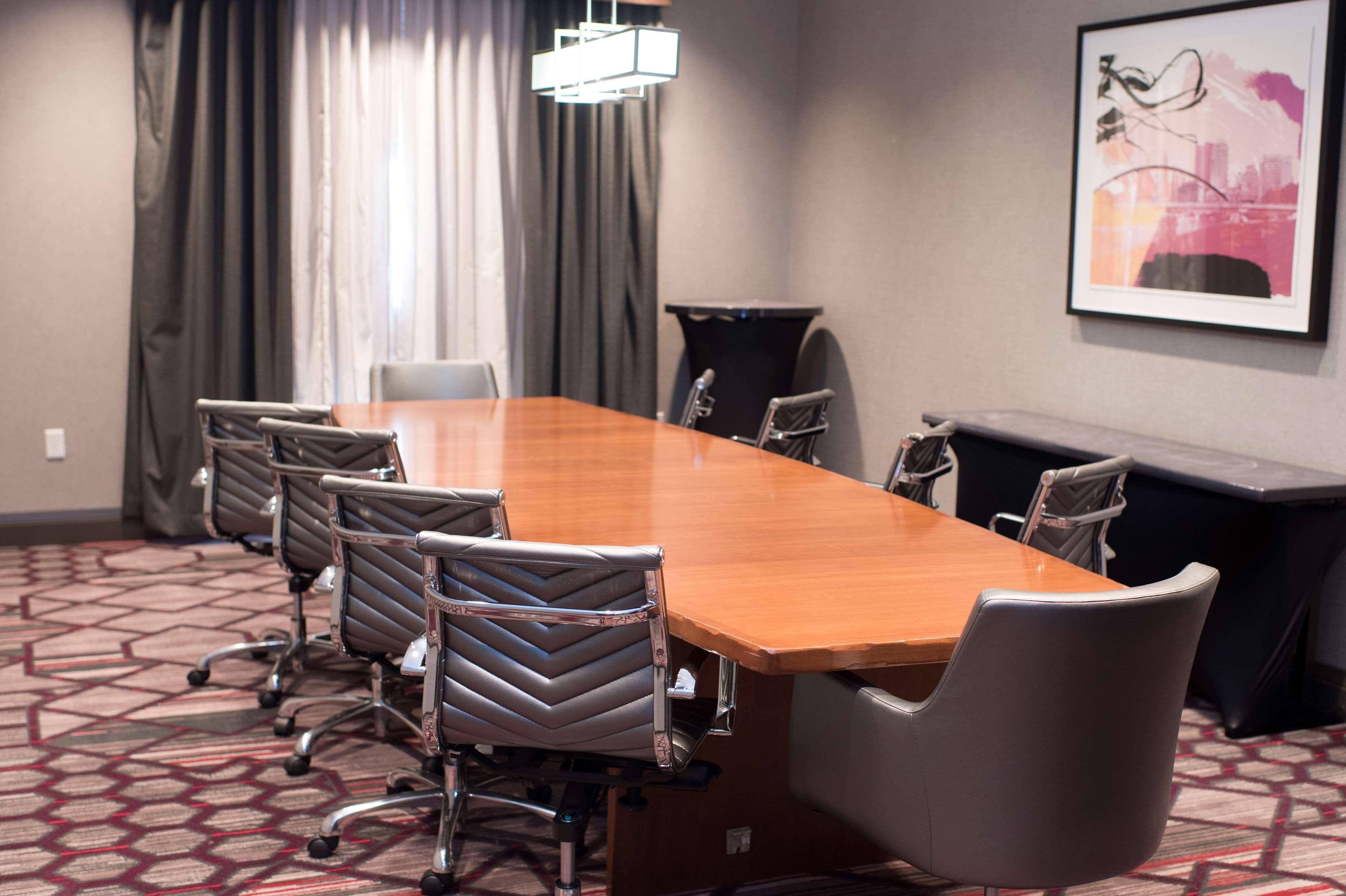 Hampton Inn & Suites Columbus-Easton Area image 57