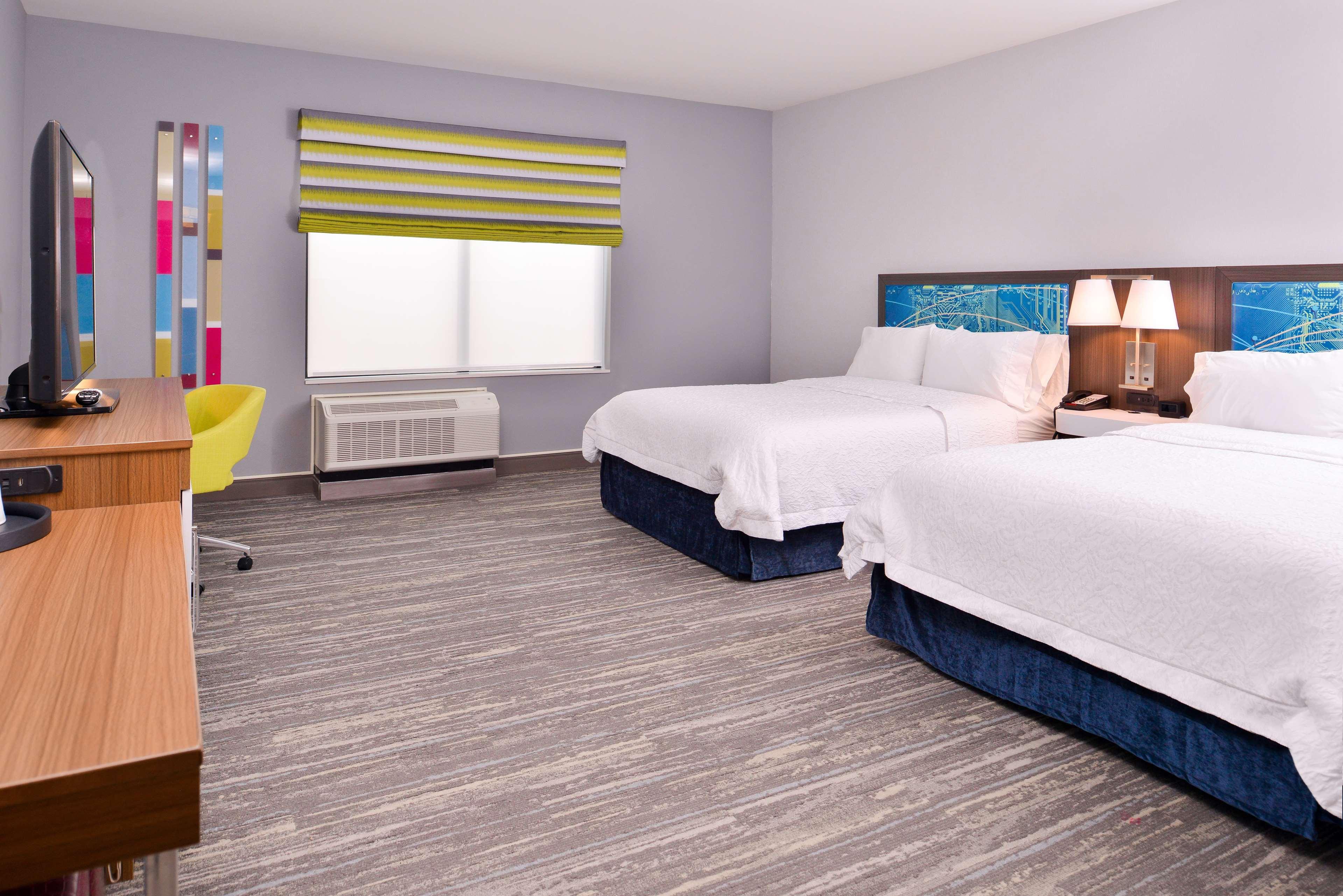 Hampton Inn & Suites St. Paul Oakdale/Woodbury image 33