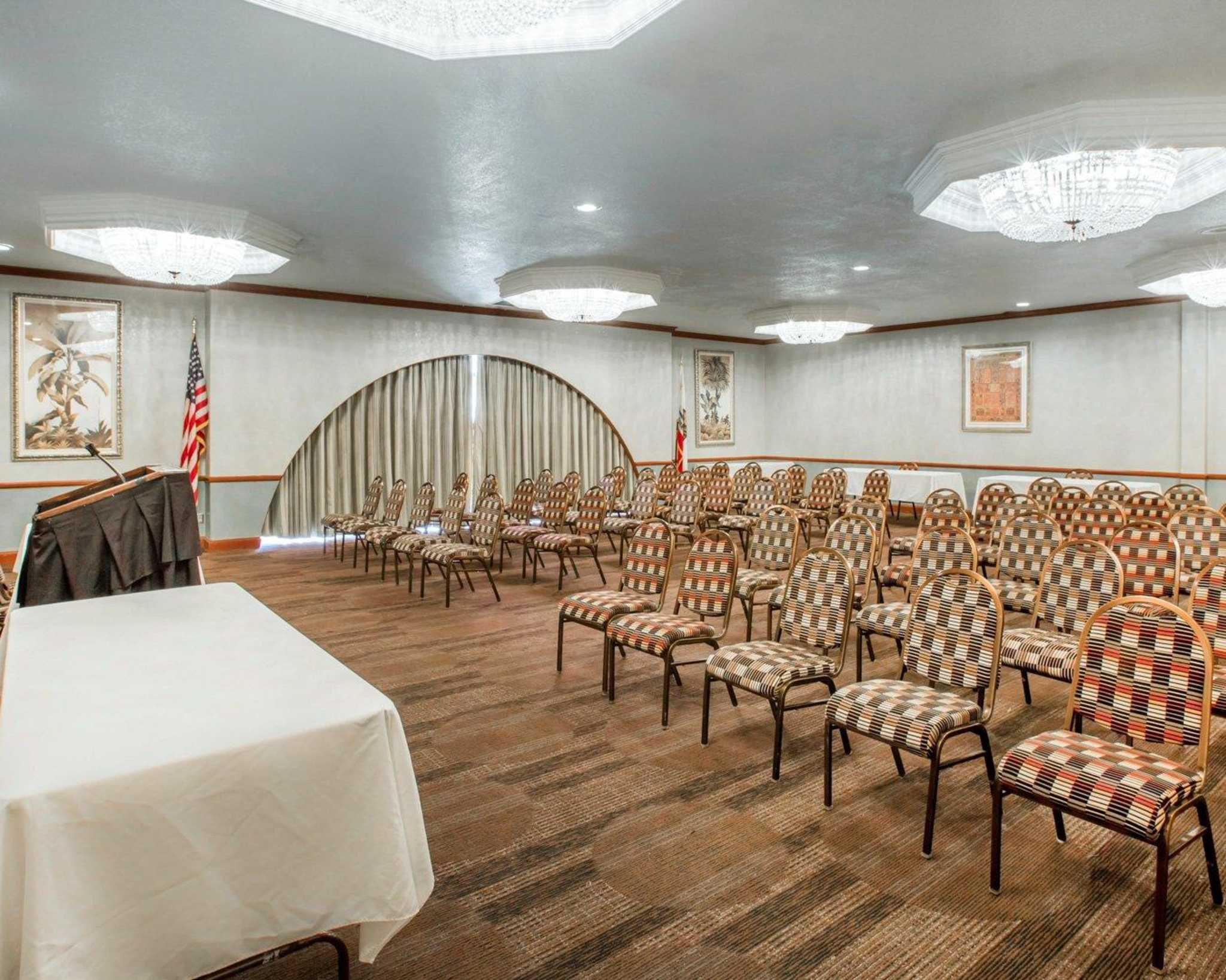 Clarion Inn Conference Center image 22