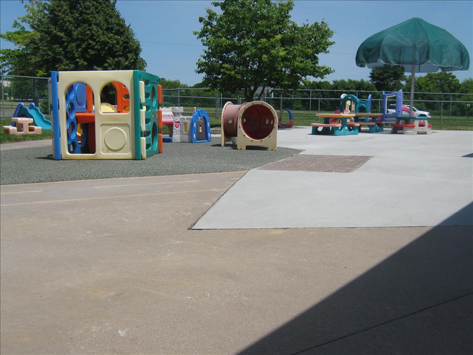 City Centre KinderCare image 9