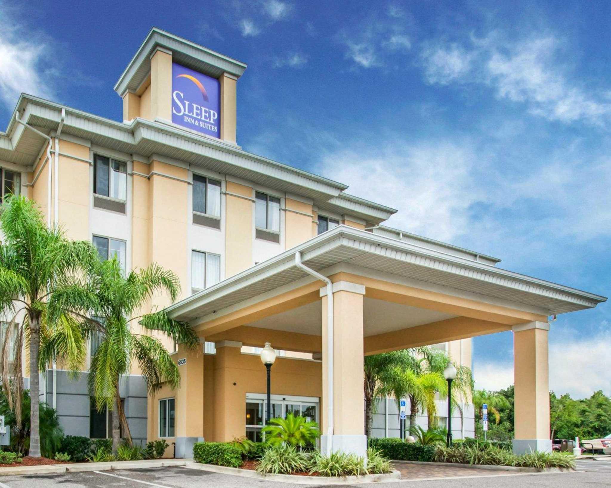Sleep Inn & Suites image 1