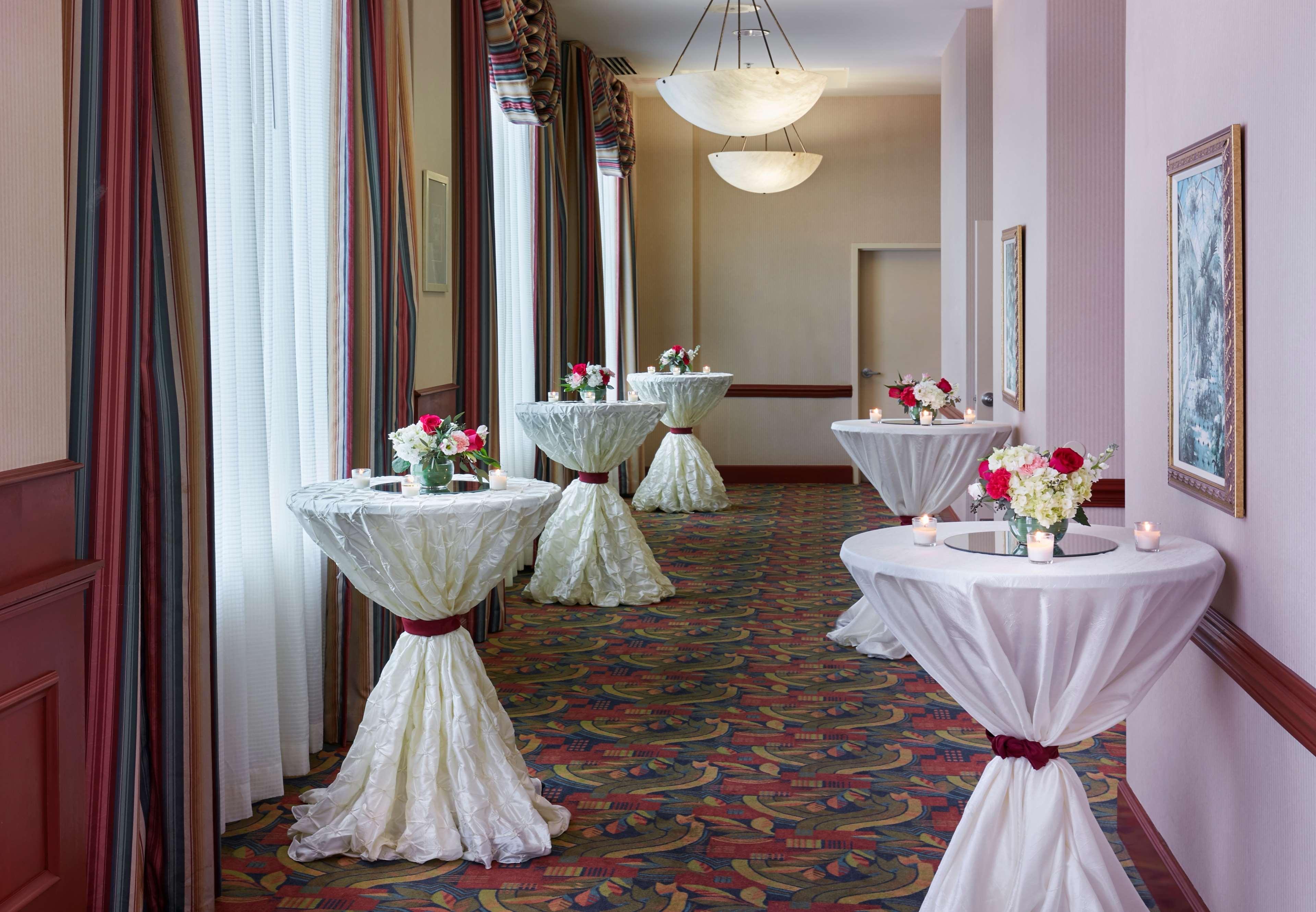 Hilton Garden Inn Charlotte Uptown image 32
