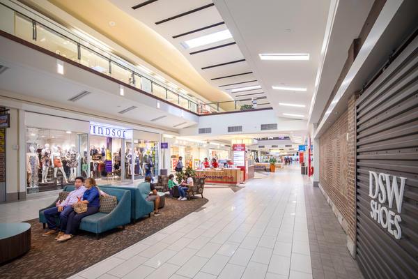 Cumberland Mall image 8