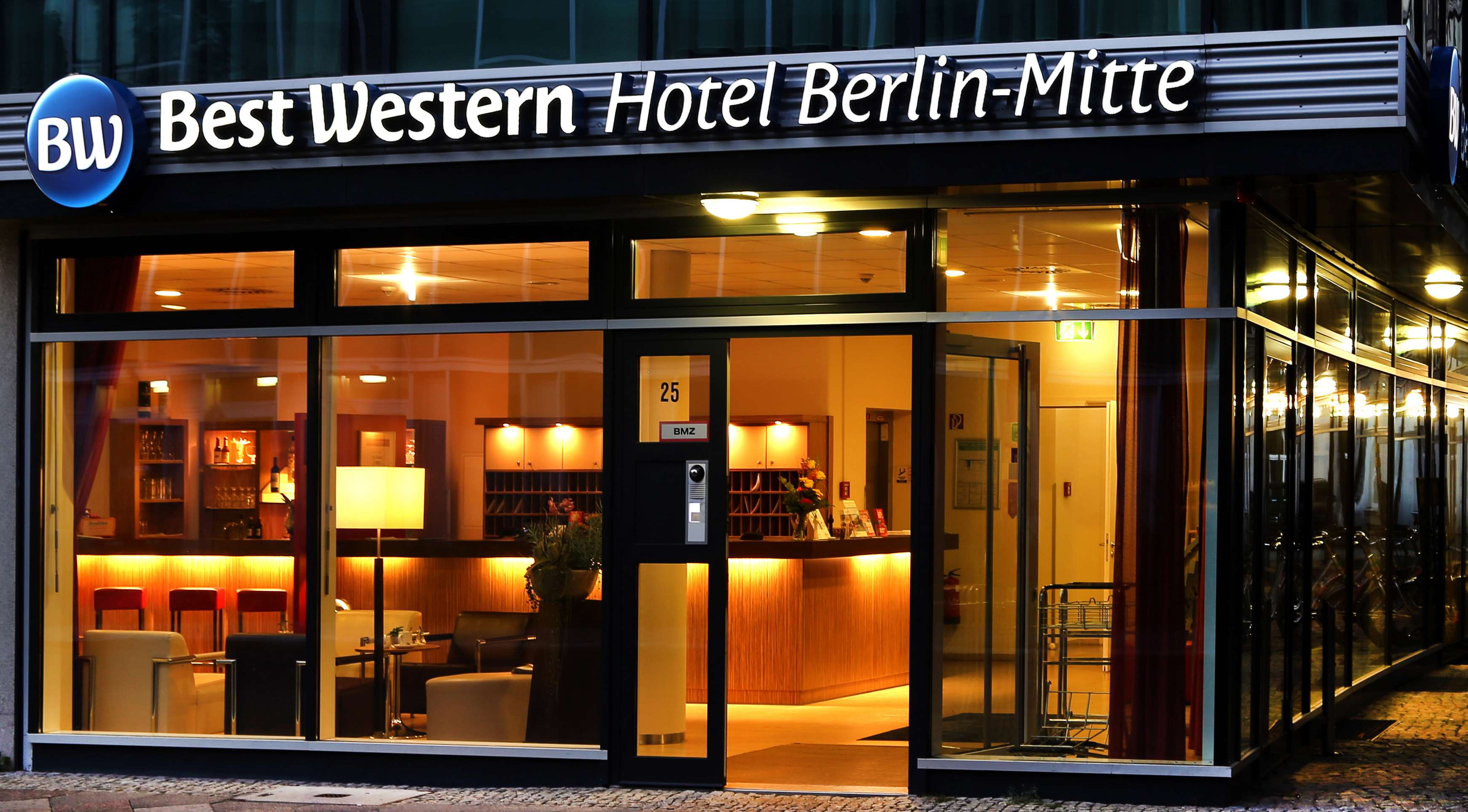 best western hotel berlin mitte hotels hotels restaurants berlin deutschland tel. Black Bedroom Furniture Sets. Home Design Ideas