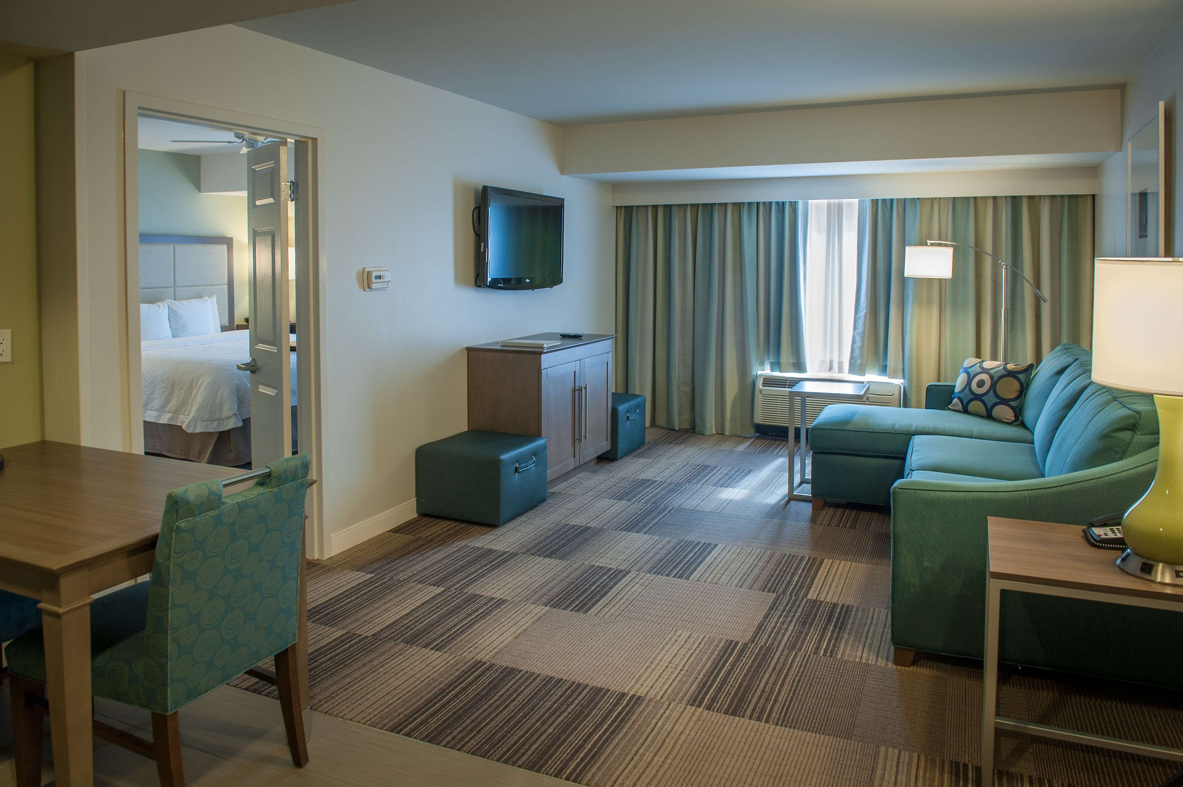Hampton Inn & Suites New Orleans-Elmwood/Clearview Parkway Area image 24