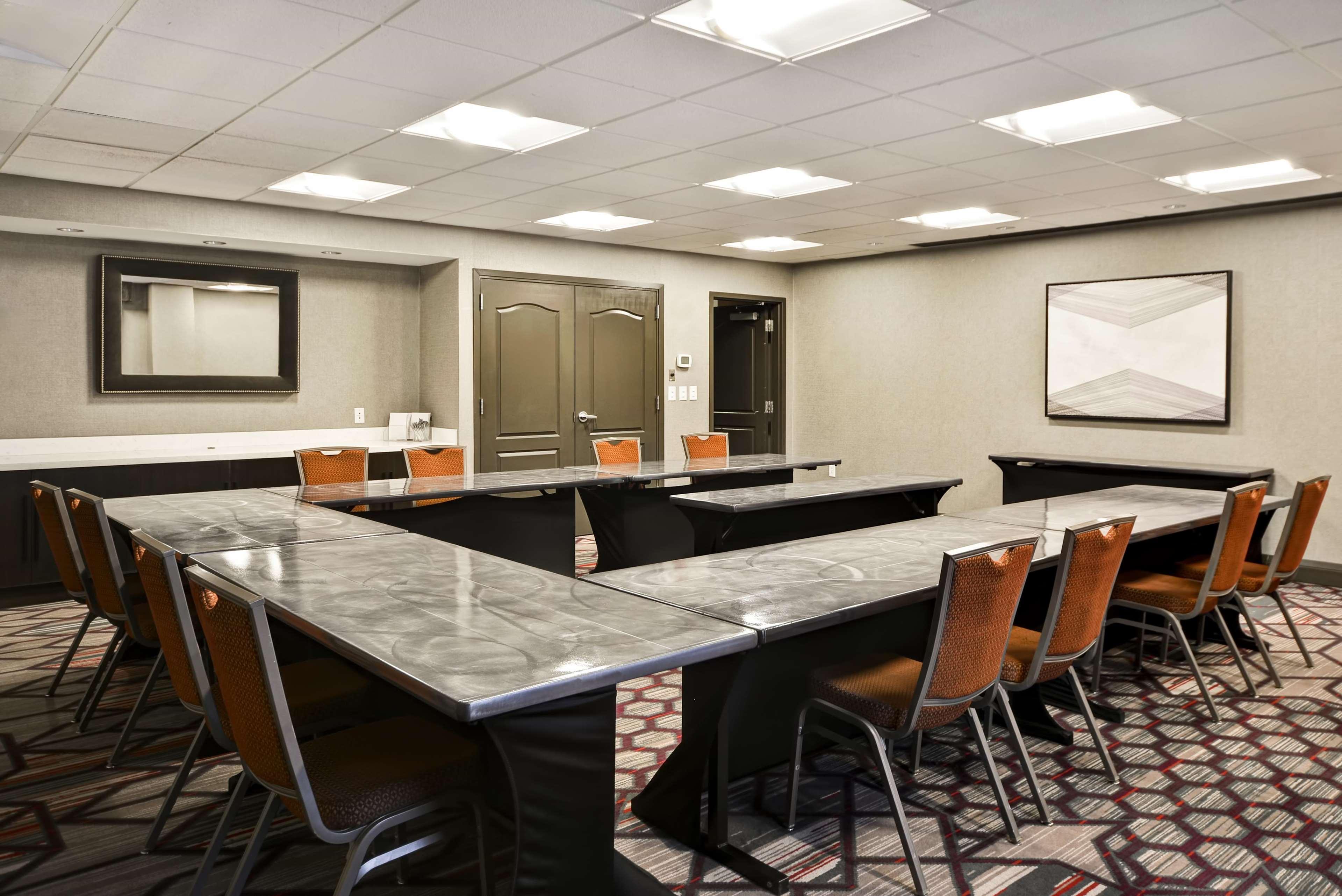 Hampton Inn & Suites Columbus-Easton Area image 60