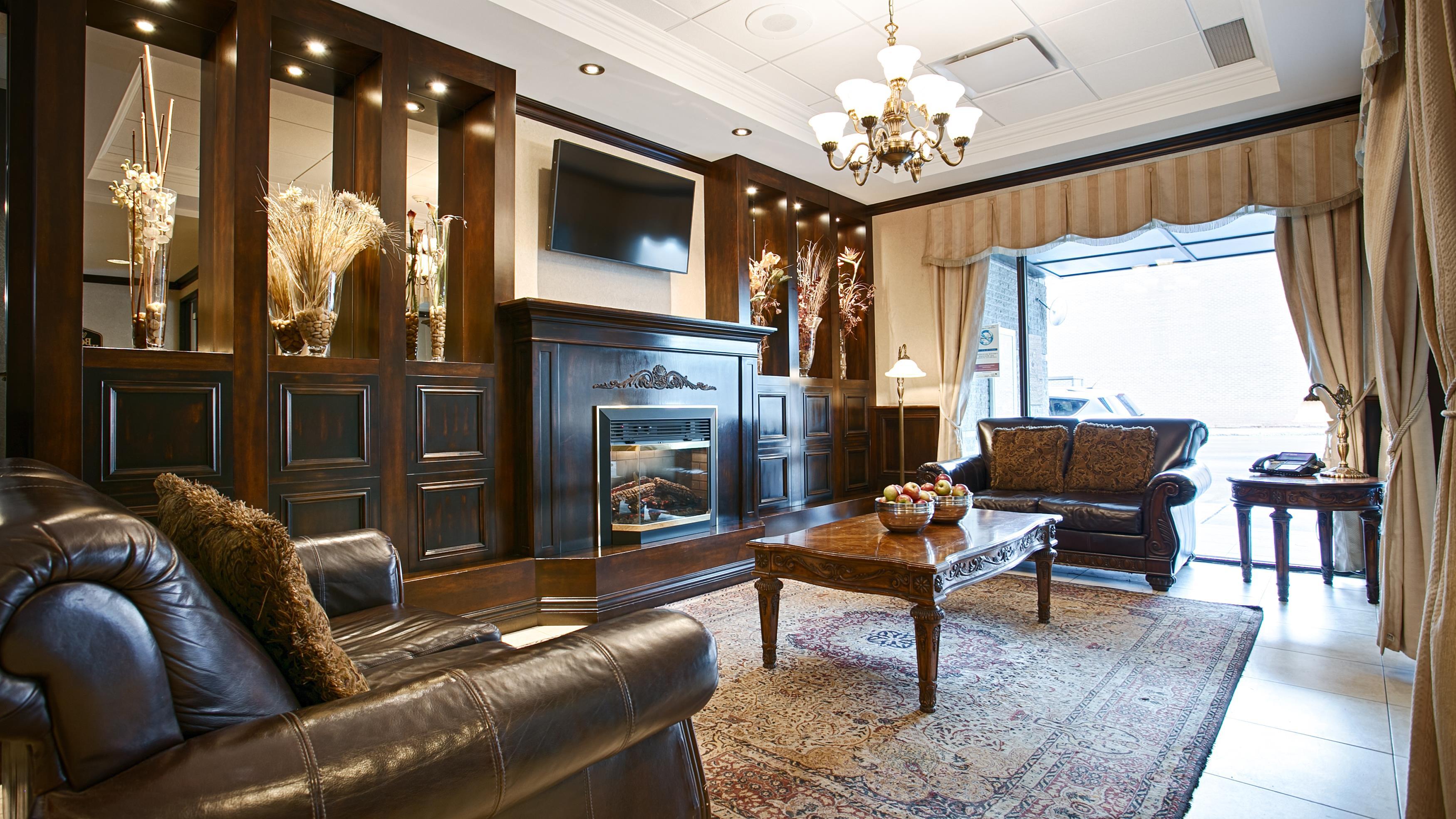 Best Western Plus City Centre/Centre-Ville à Quebec: Hotel Lobby