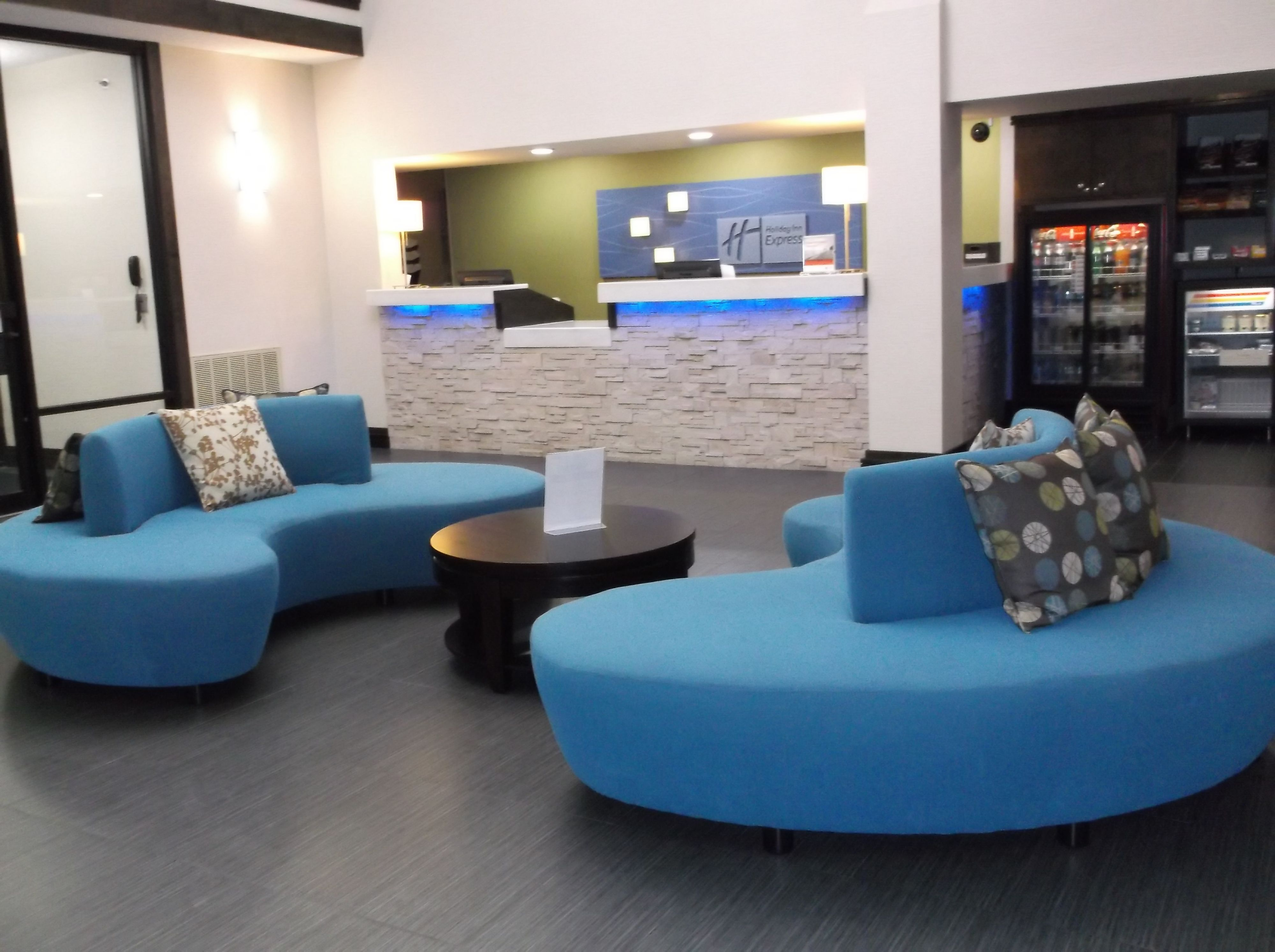 Holiday Inn Express Bentonville image 4