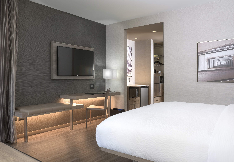 AC Hotel by Marriott Boston Cambridge image 25