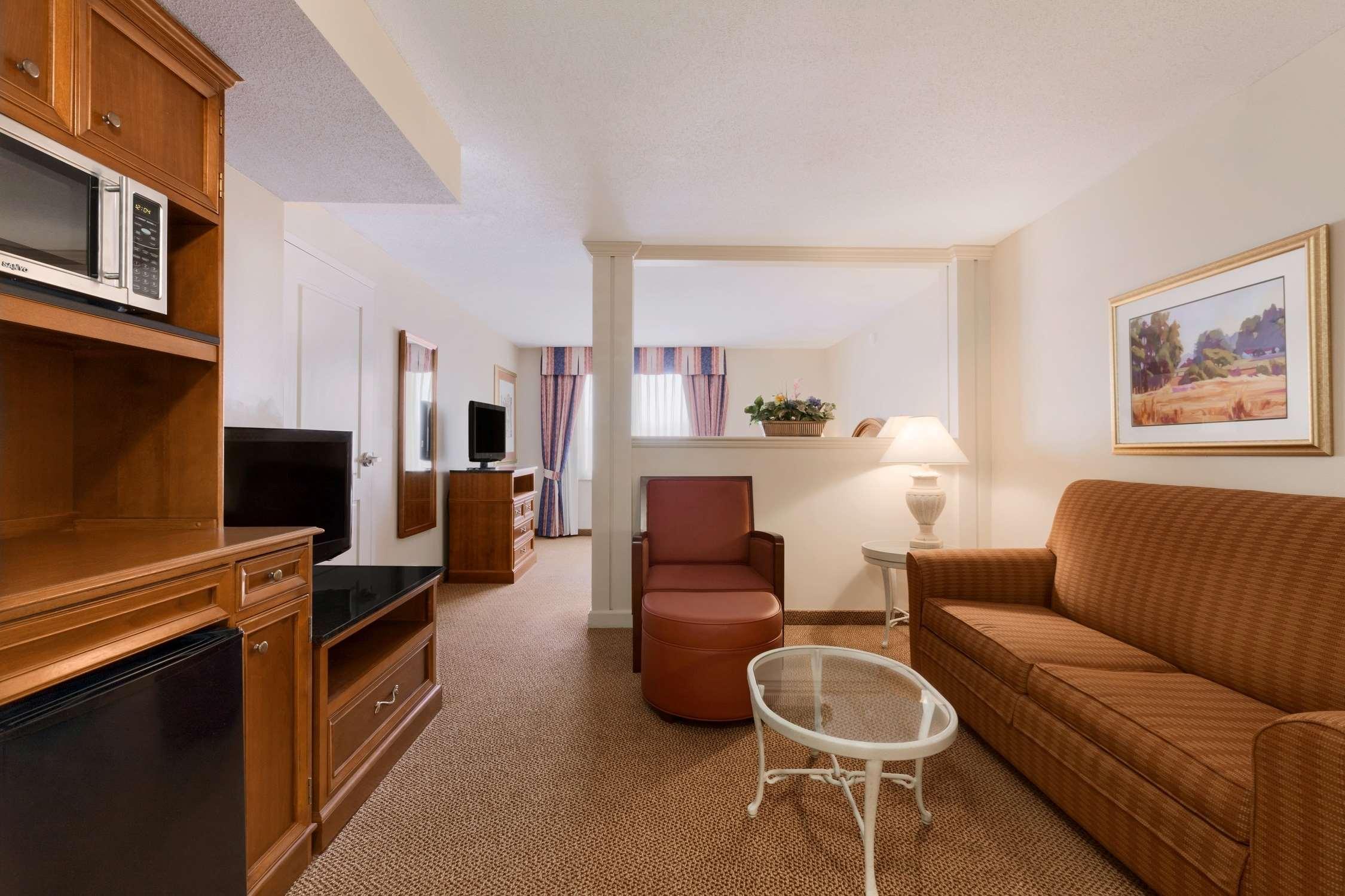 Hilton Garden Inn Syracuse image 16