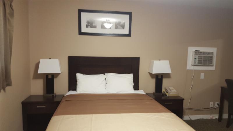Sunrise Motel in Regina