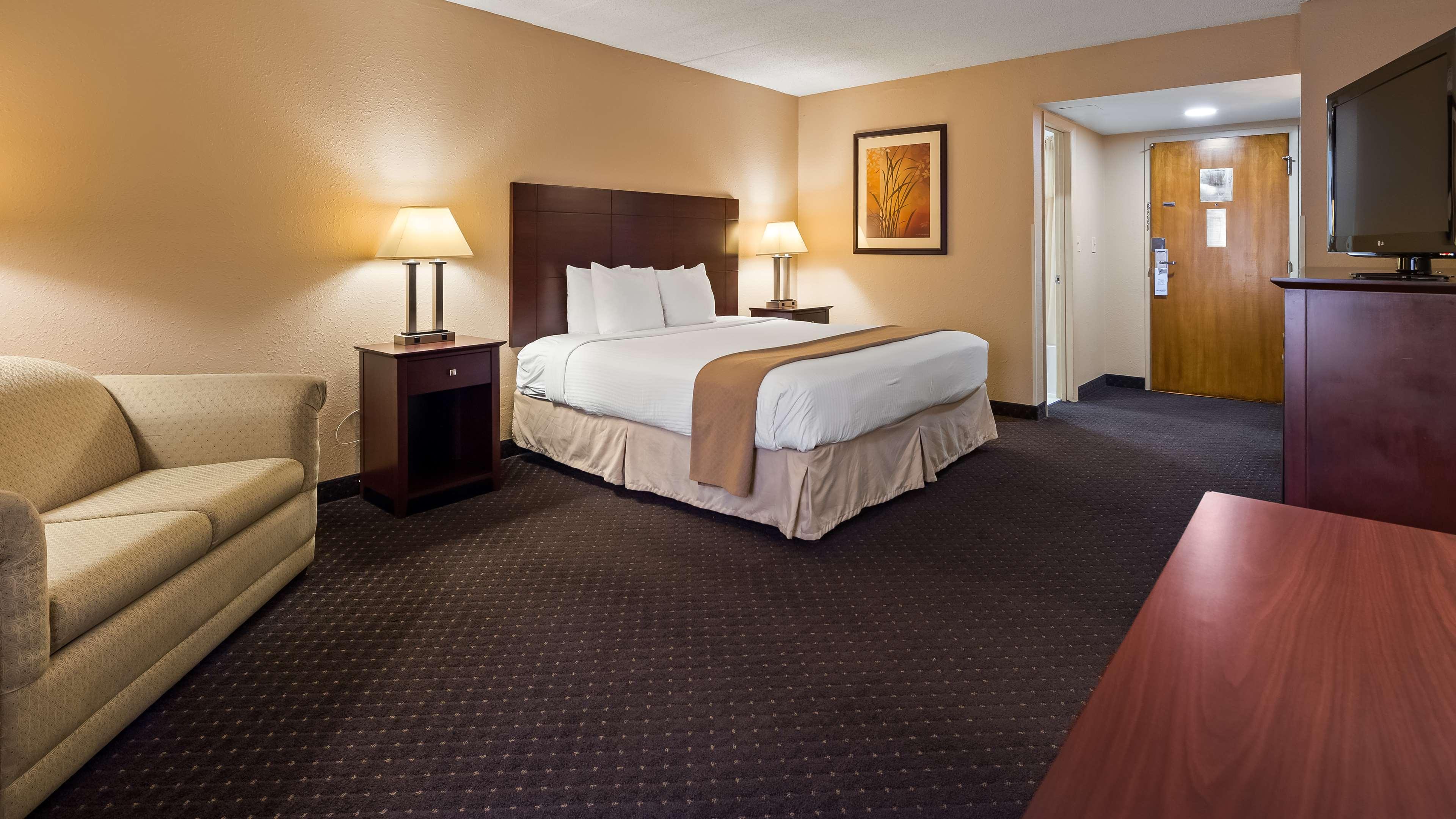 Best Western Executive Hotel image 5