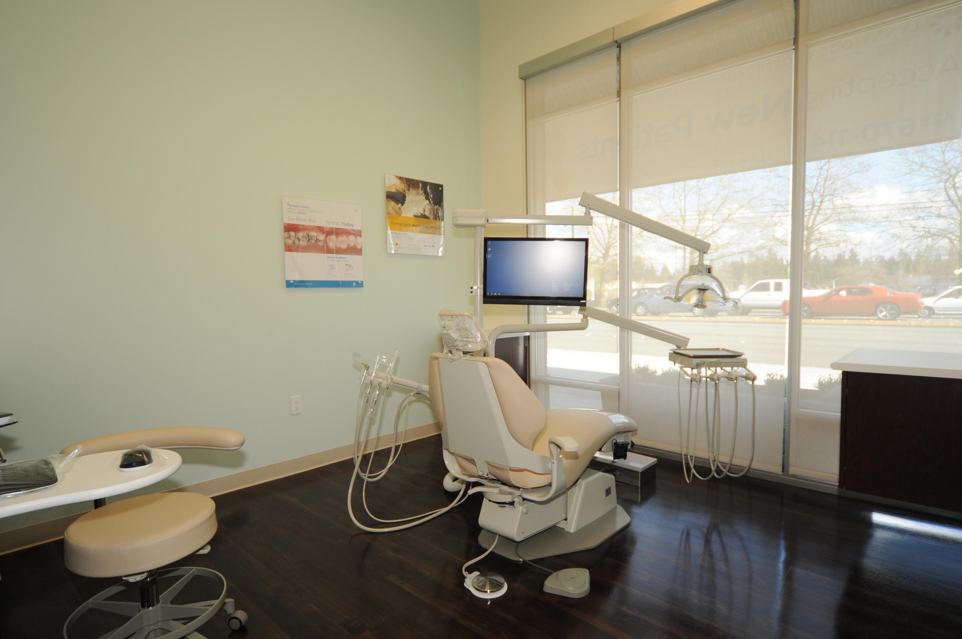 Lynnwood Crossroads Modern Dentistry and Orthodontics image 11