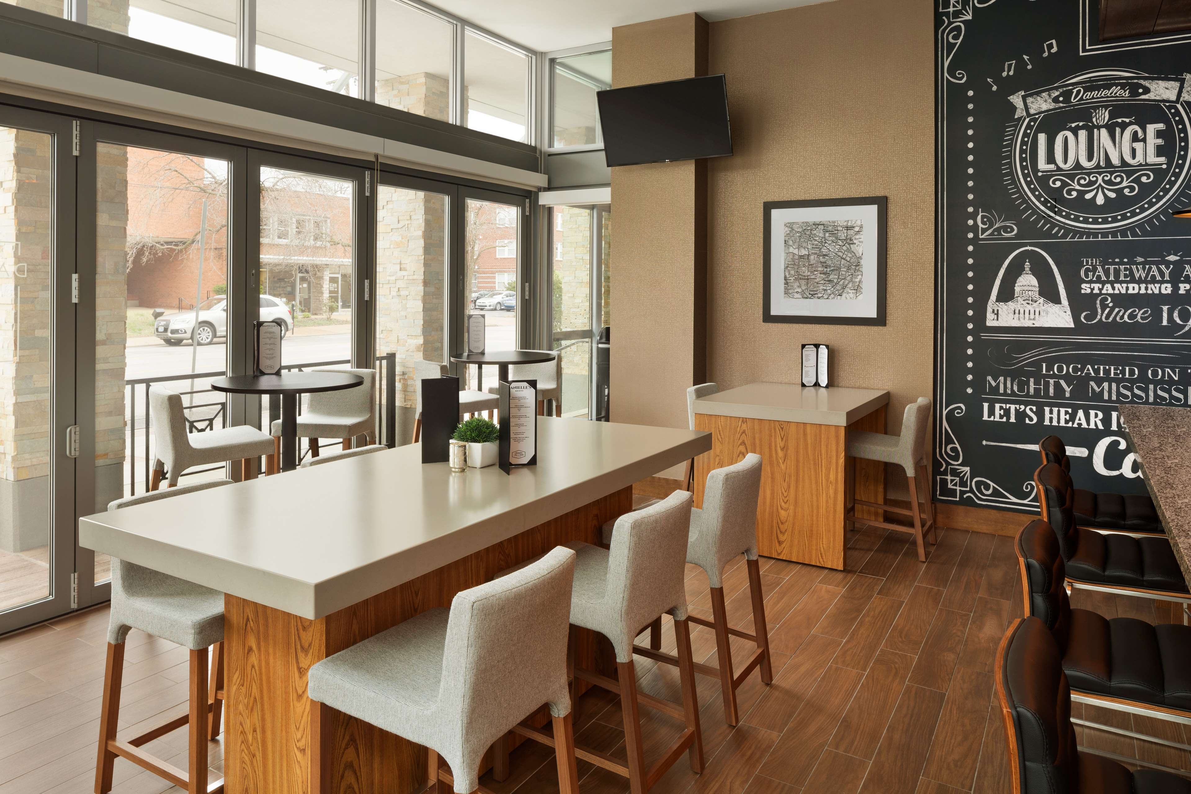 Hampton Inn and Suites Clayton/St Louis-Galleria Area image 36