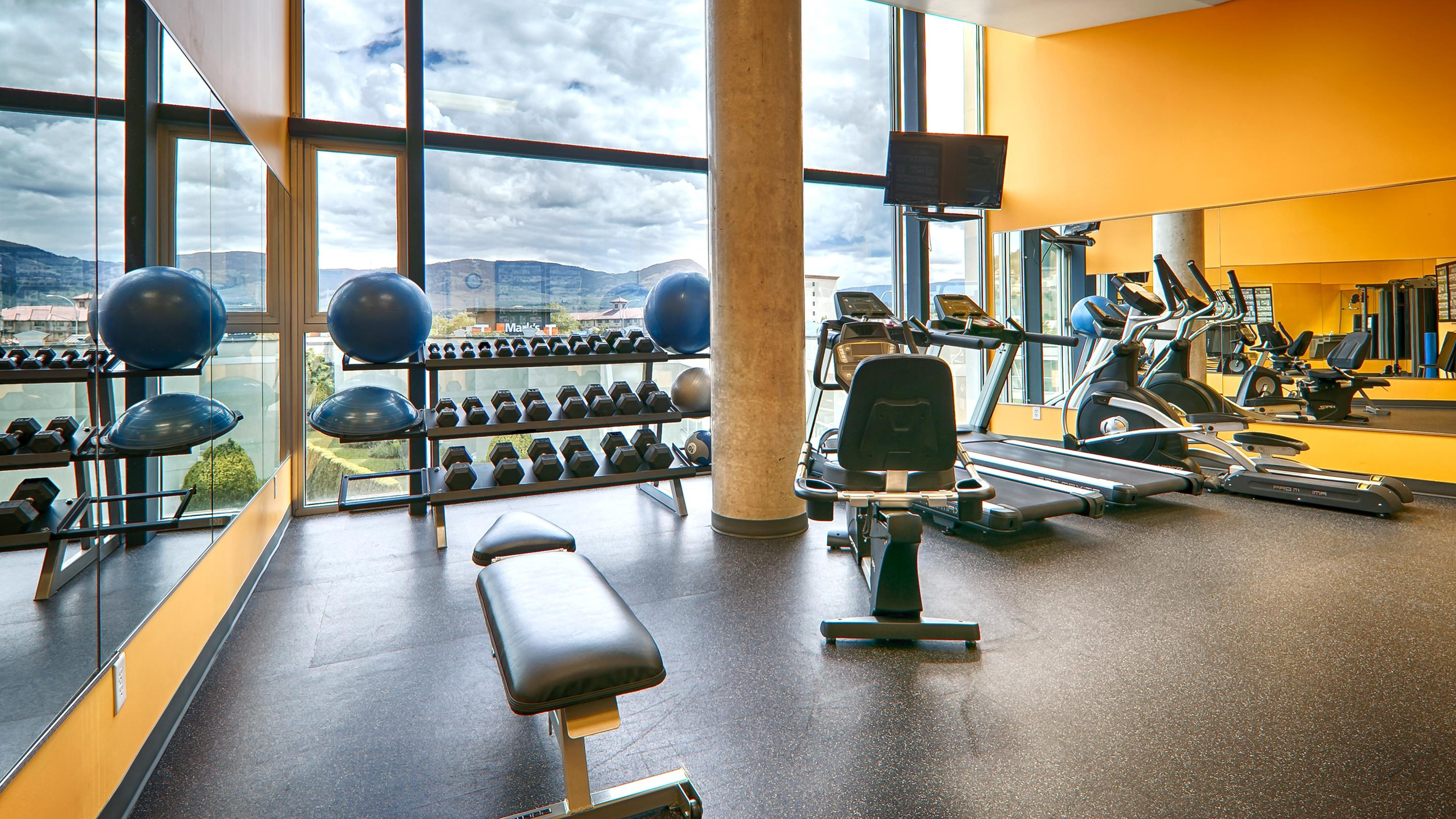 Best Western Plus Kelowna Hotel & Suites in Kelowna: Fitness Center