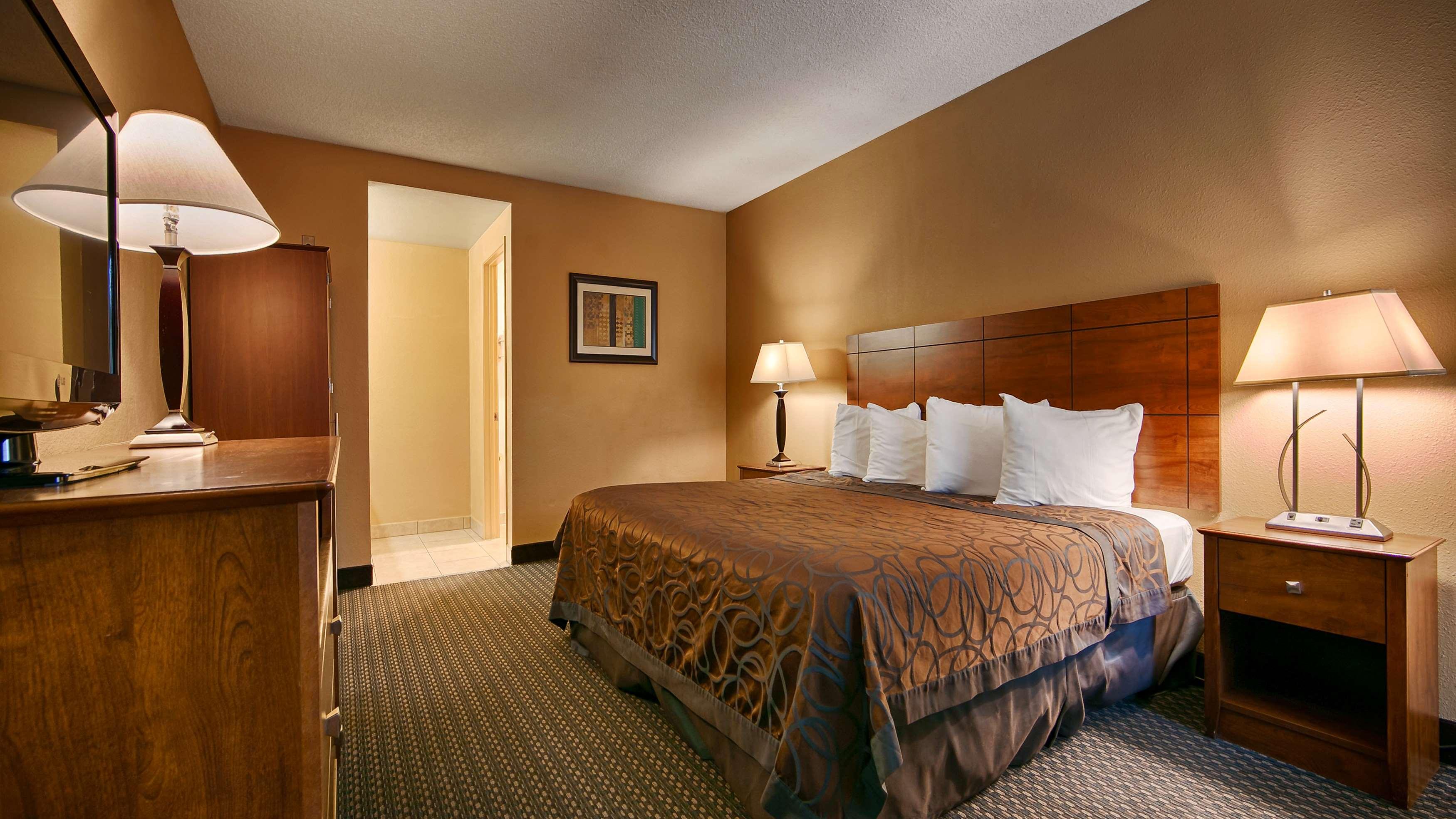 Best Western Santee Lodge image 32
