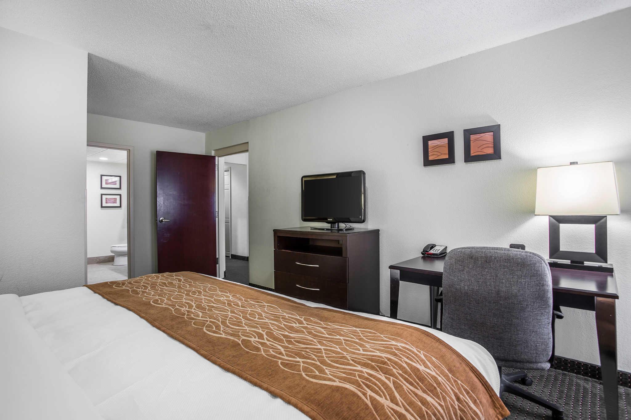 Comfort Inn & Suites Lake Norman image 20