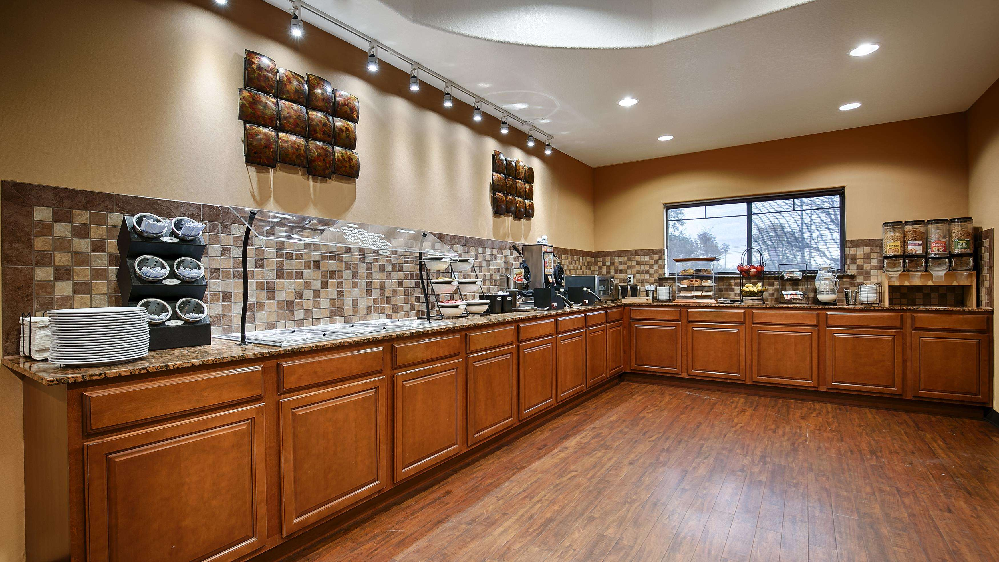 Best Western Plus Palo Alto Inn & Suites image 3