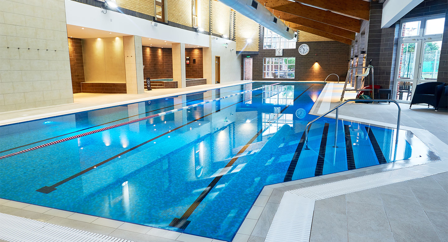 David lloyd bushey fitness equipment in bushey wd23 2dl Hatfield swimming pool prices