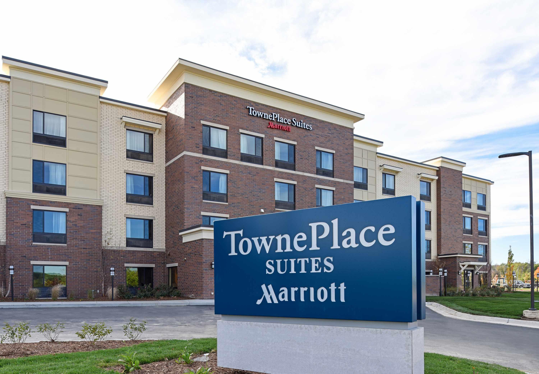 TownePlace Suites by Marriott Detroit Commerce image 4