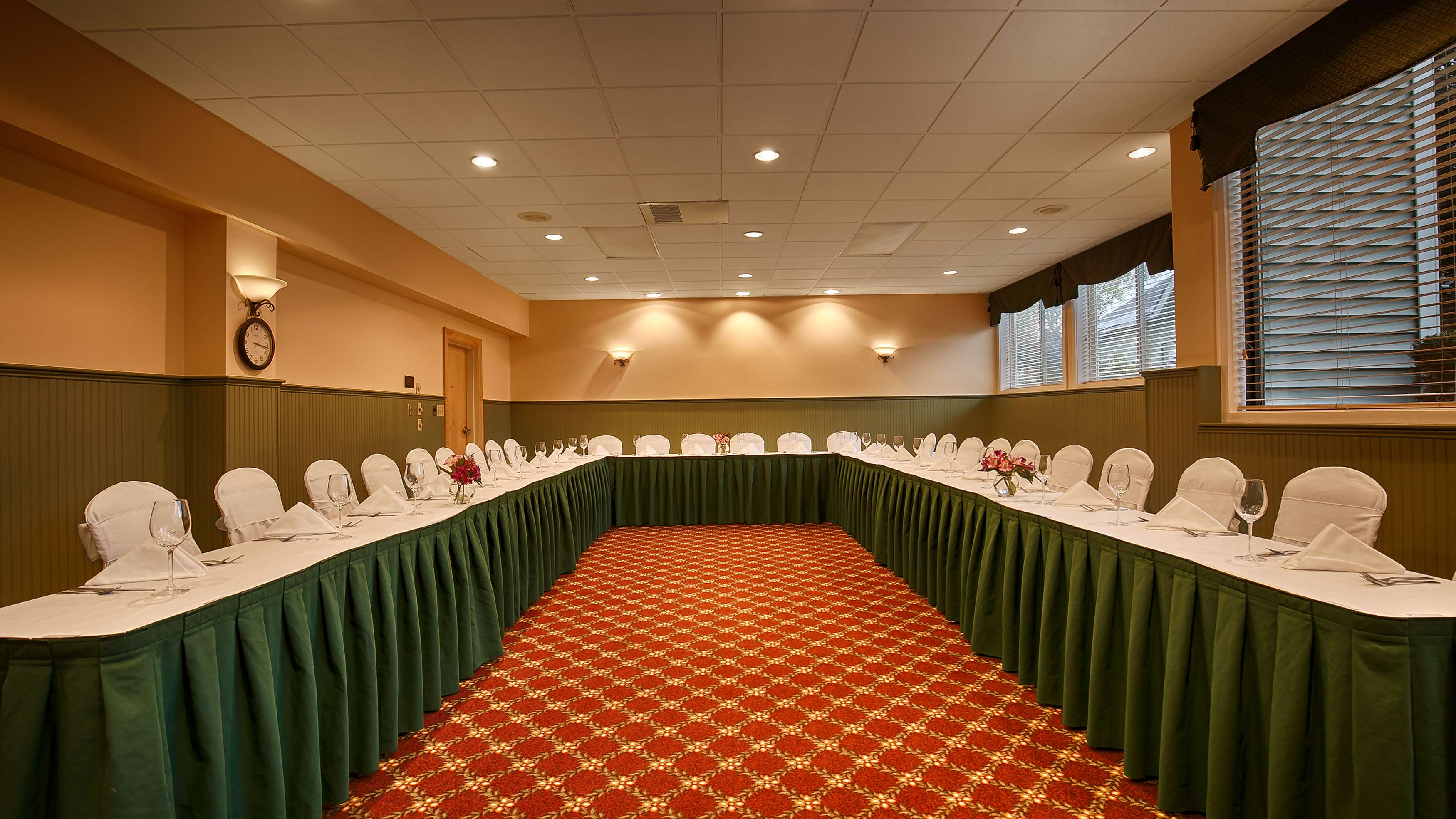 Best Western Plus Windjammer Inn & Conference Center image 34