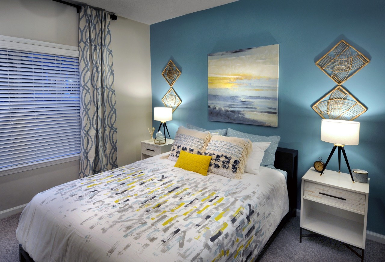 The Pointe at Collier Hills image 11
