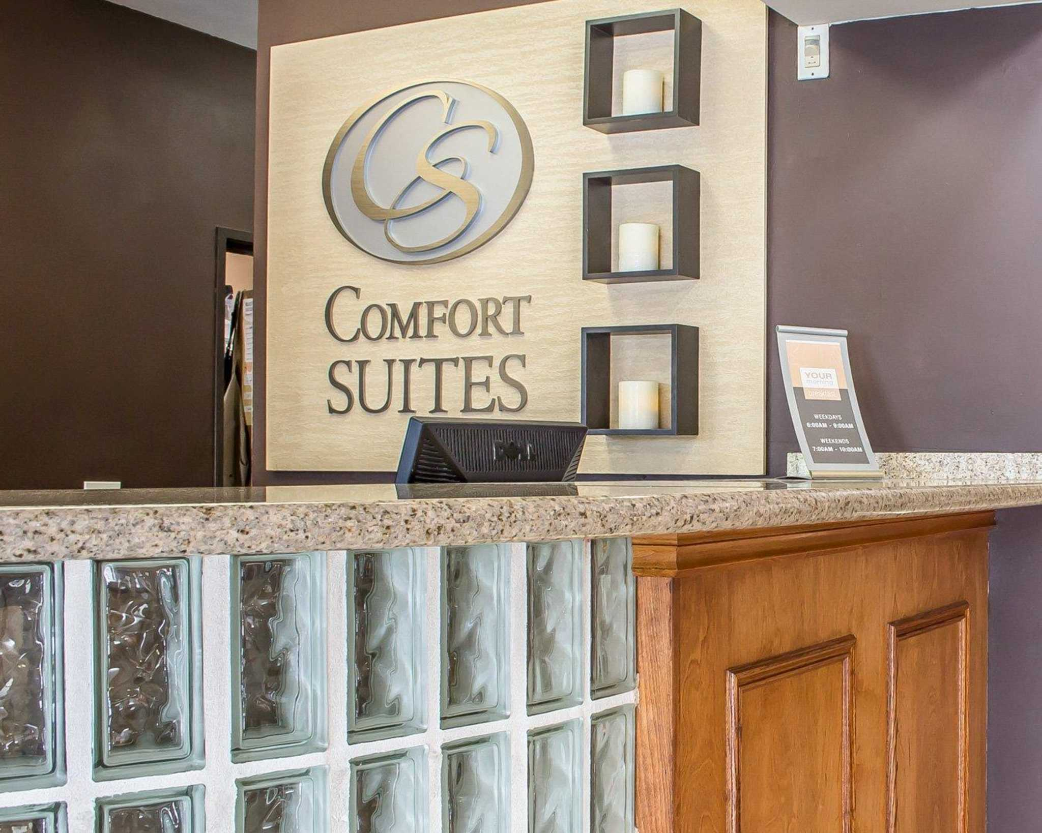 Comfort Suites Phoenix North image 15
