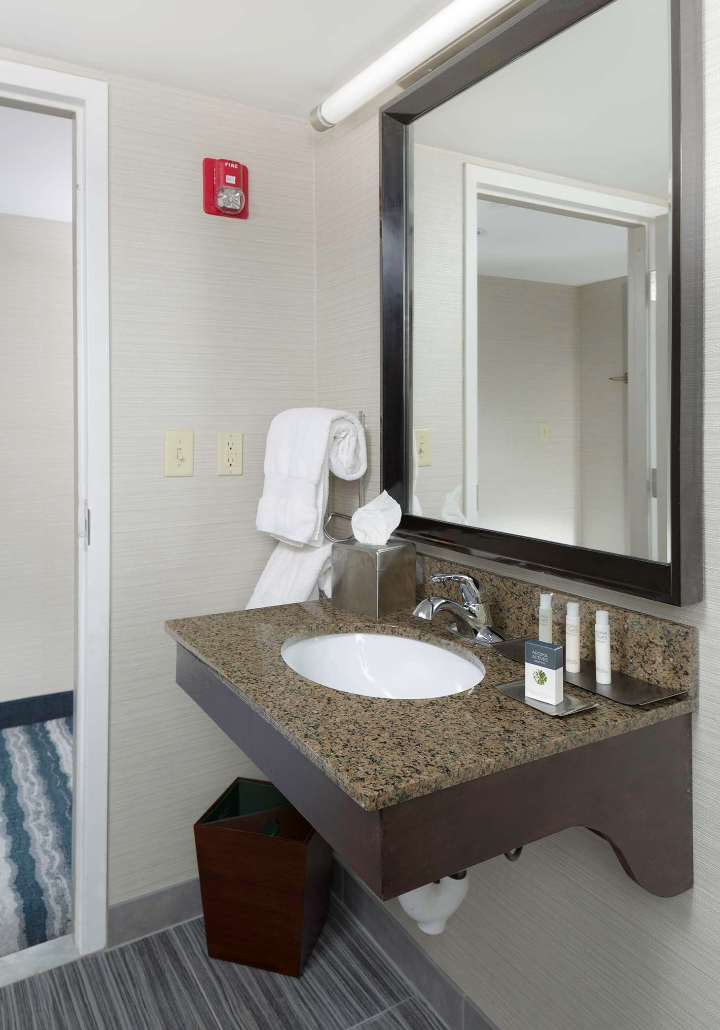 DoubleTree by Hilton Hotel Wilmington image 36