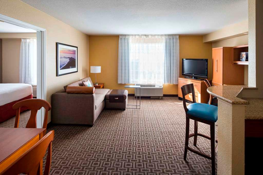 TownePlace Suites by Marriott Milpitas Silicon Valley image 4
