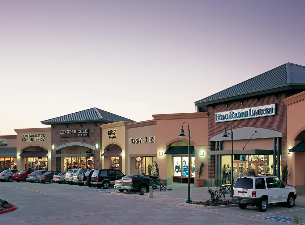 Allen Premium Outlets Allen, Texas - TX Enjoy shopping, great deals and events at Allen Premium Outlets. Find more than outlet stores locations and information about opening hours and directions at Allen Premium Outlets.4/4(1).