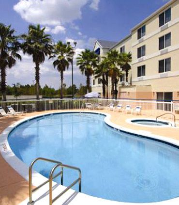 Fairfield Inn by Marriott Orlando Airport image 10
