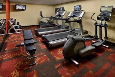 Courtyard by Marriott Pittsburgh Airport image 13
