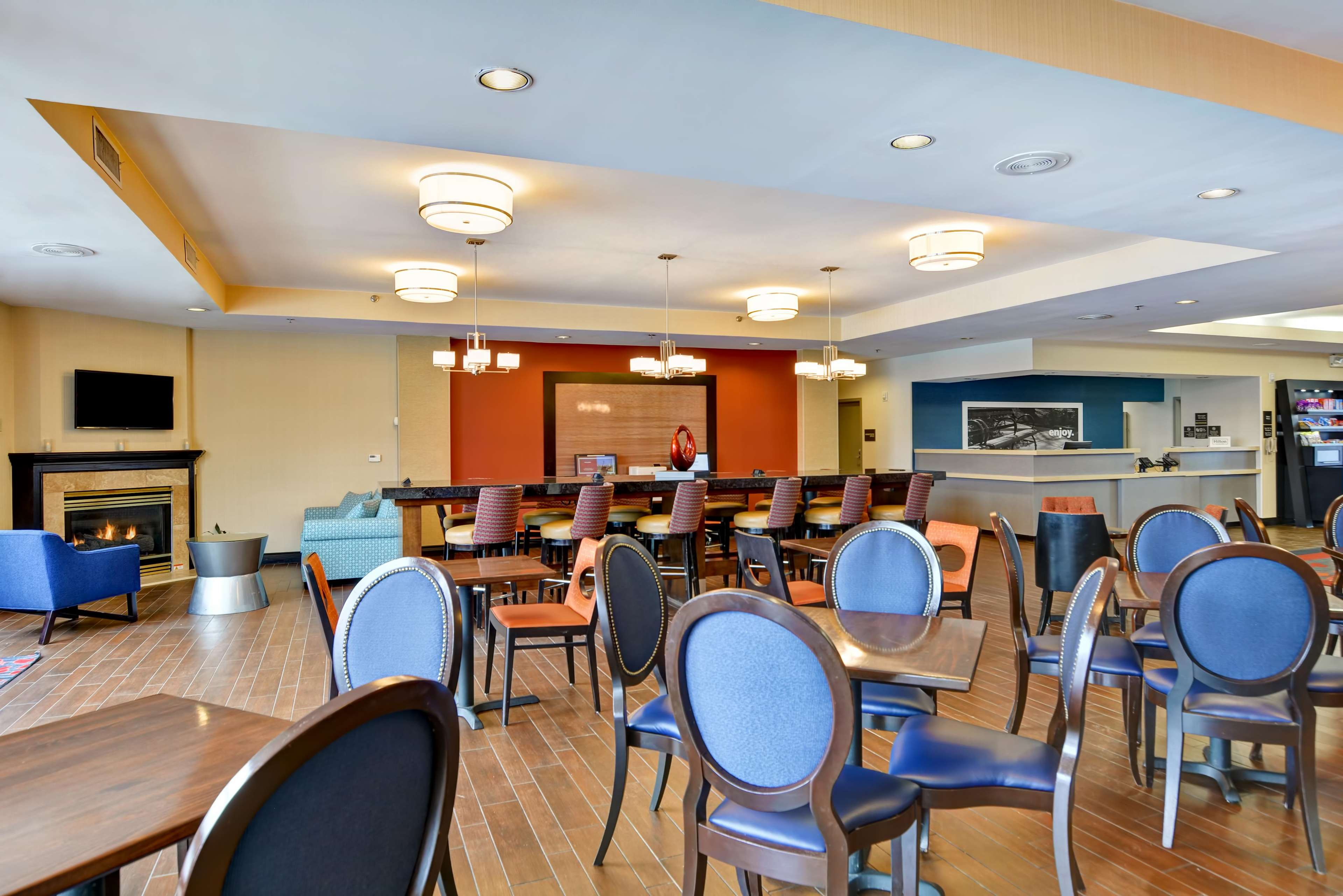 Hampton Inn Scranton At Montage Mountain image 10