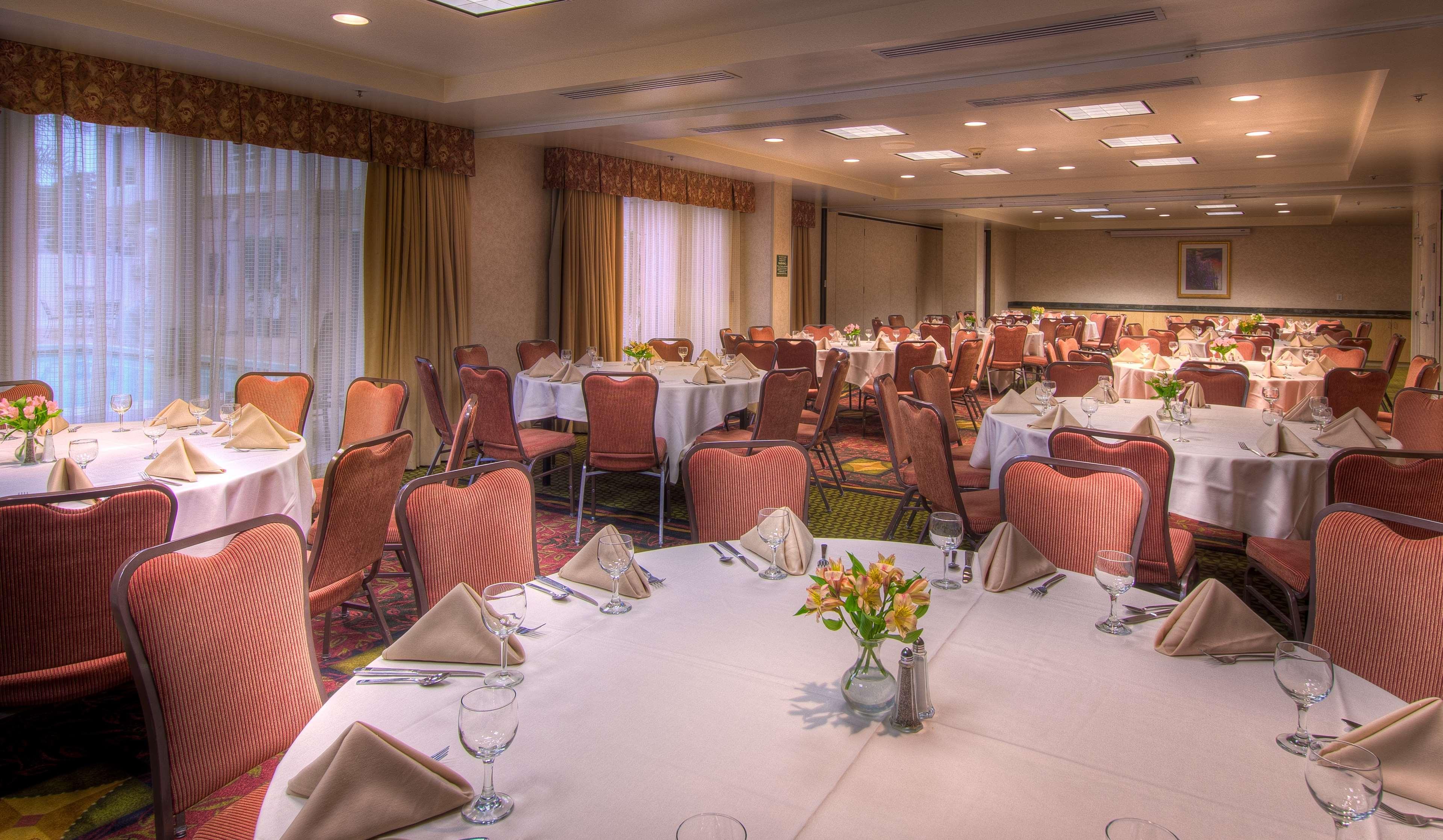 Hilton Garden Inn Mountain View image 10
