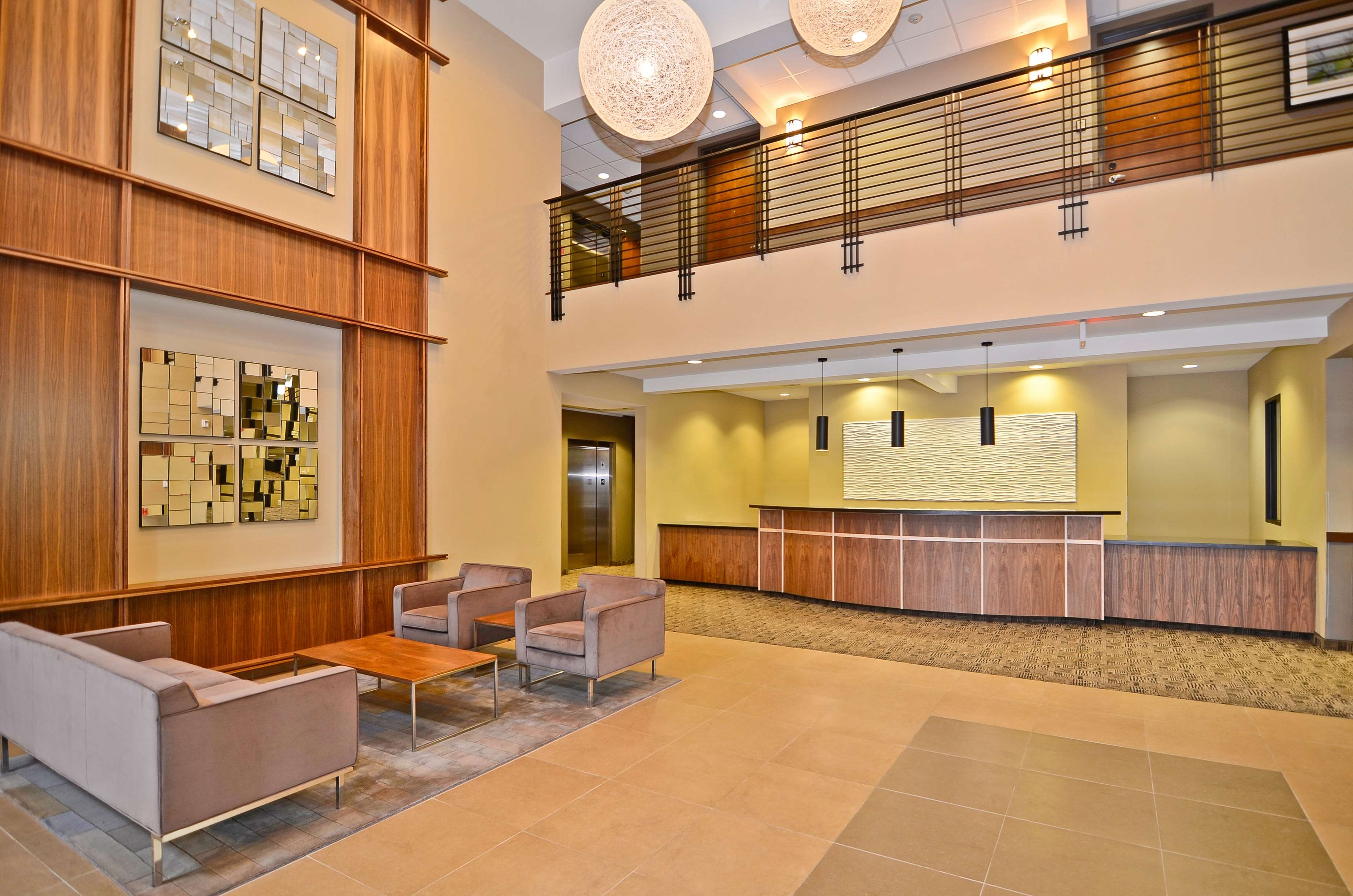 Best Western Plus Lacey Inn & Suites image 13